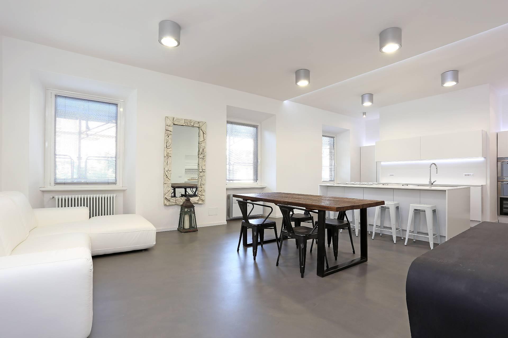 Appartamento in vendita a Roma, 5 locali, zona Zona: 25 . Trastevere - Testaccio, prezzo € 1.190.000 | CambioCasa.it