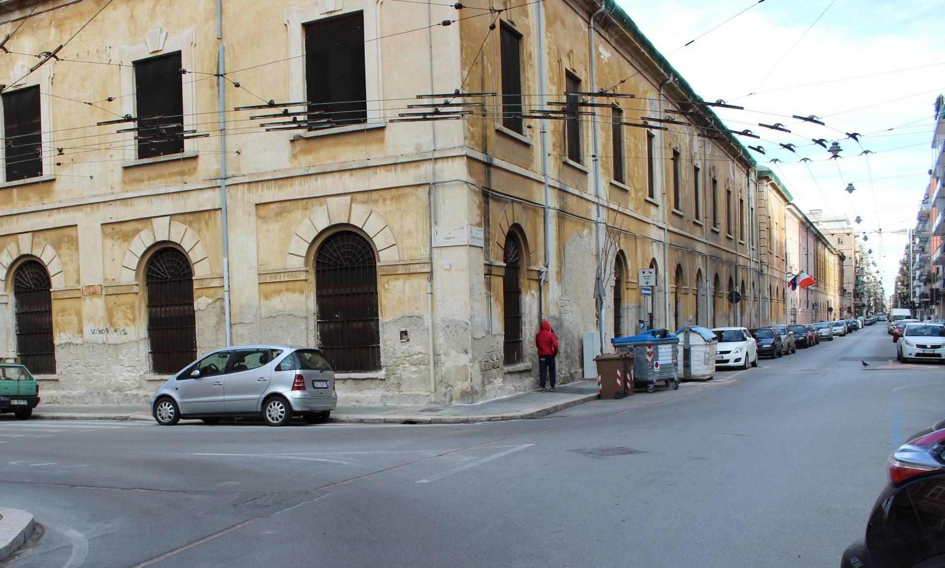 Bilocale vendita bari via crisanzio for Numero abitanti di bari