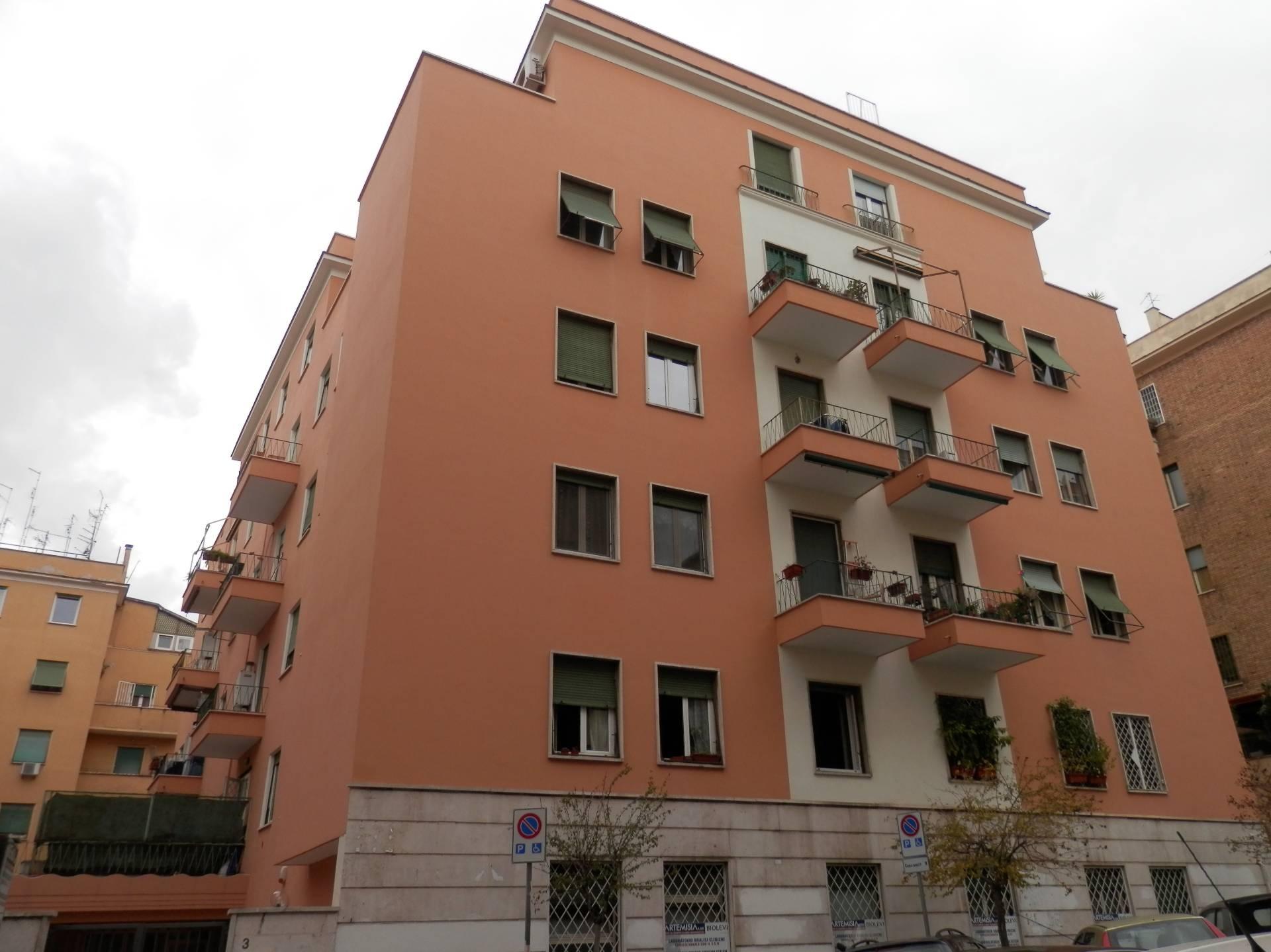 Cbi072 ex927 appartamento in affitto a roma bologna for Affitto casa a roma