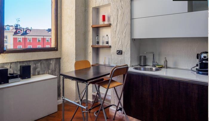 Appartamento in affitto a Milano in Via Solferino