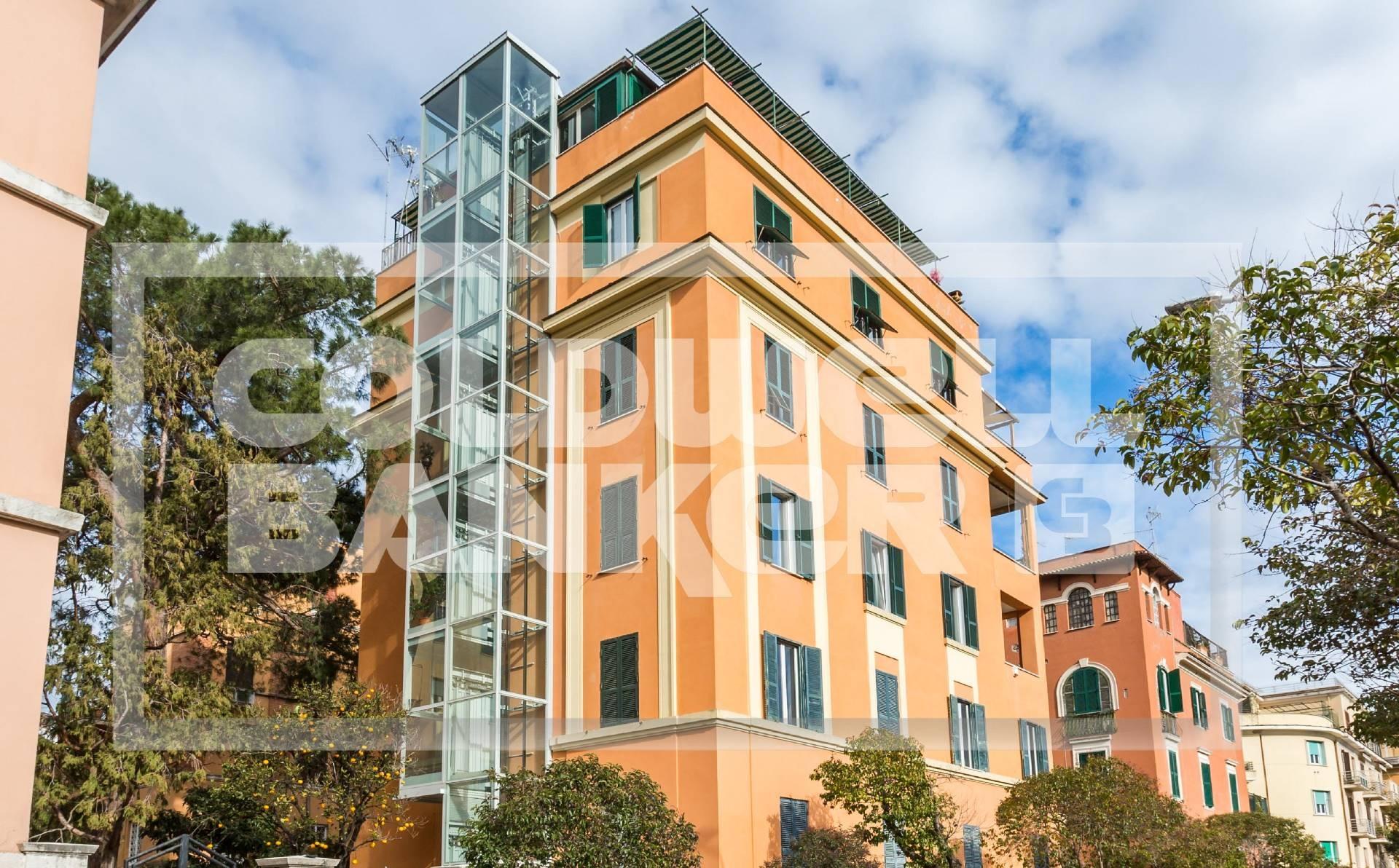 Cbi038 144 43520gc appartamento in affitto a roma for Affitto studio medico roma parioli