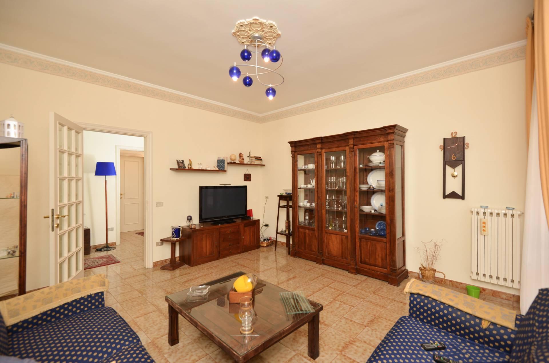 Appartamento in vendita a Maglie, 5 locali, prezzo € 110.000 | CambioCasa.it