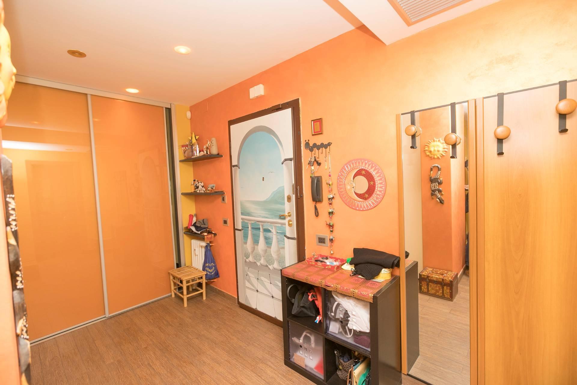 Appartamento GENOVA vendita  Sestri Ponente  Immobiliare Le Riviere S.r.l.