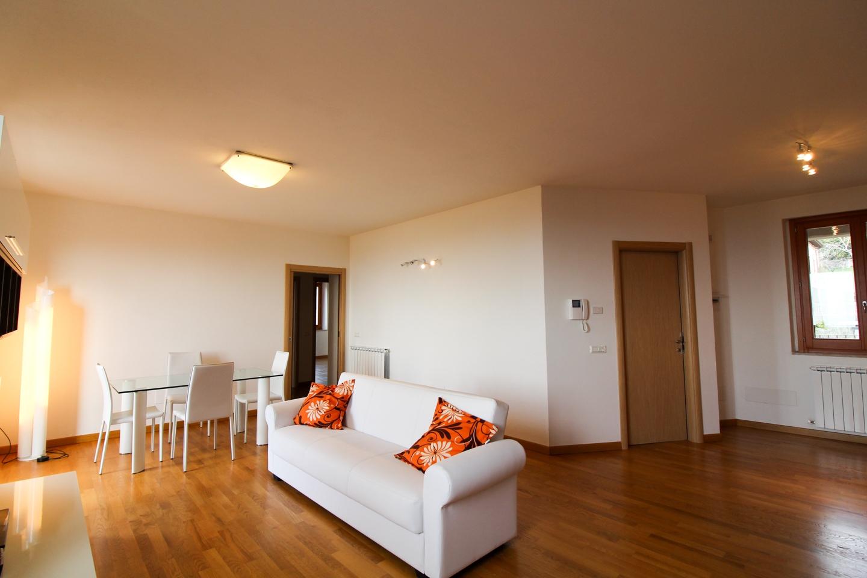 vendita appartamento assisi assisi centro  255000 euro  4 locali  145 mq