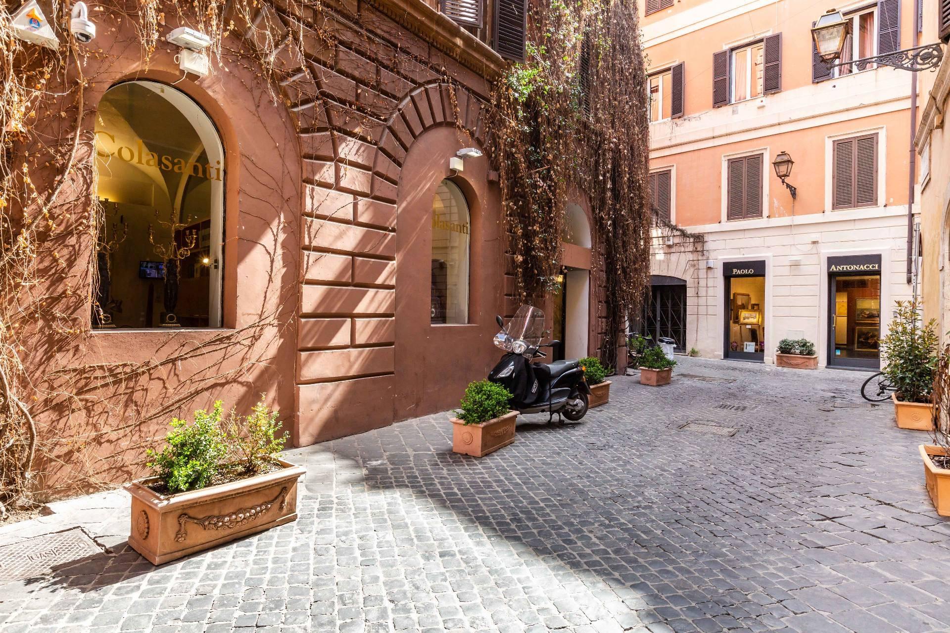 Cbi100 43521pq negozio in affitto a roma centro for Affitto ufficio roma centro storico