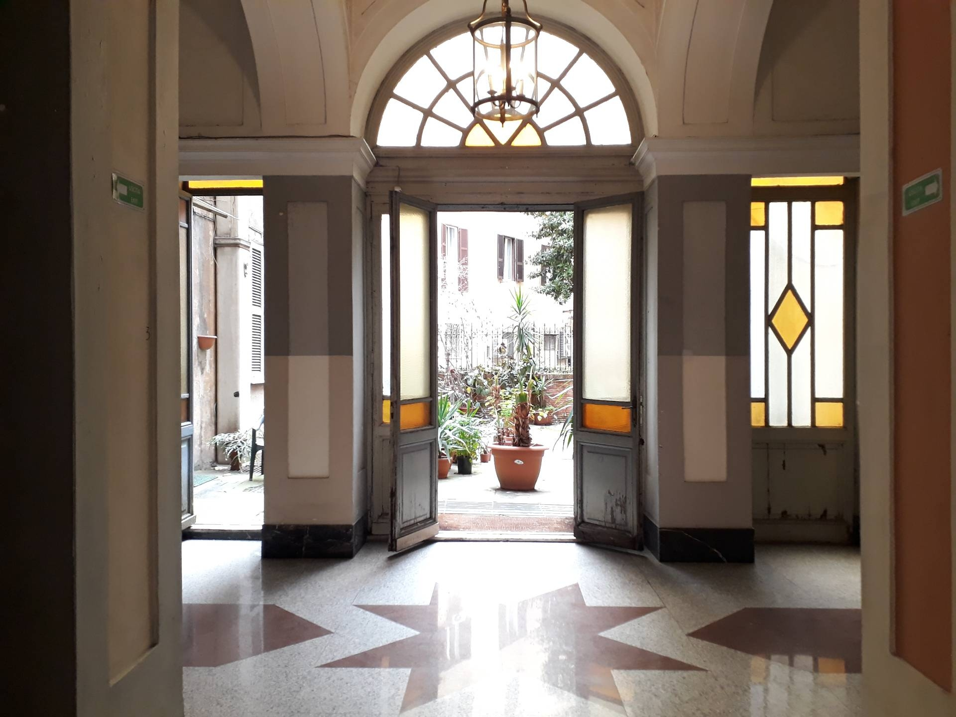Cbi072 ex925 appartamento in affitto a roma centro for Roma vendesi appartamento centro storico