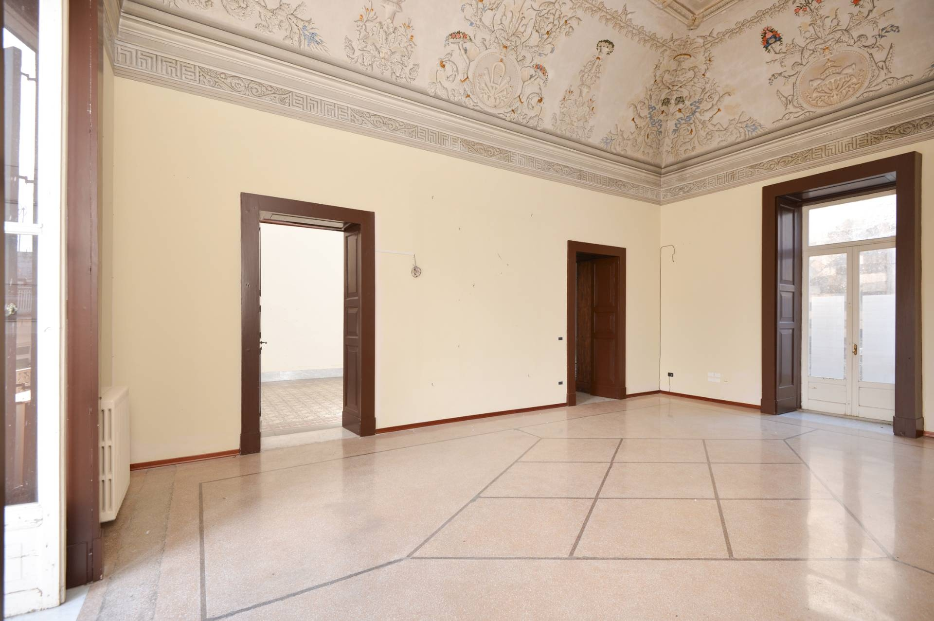 Soluzione Indipendente in vendita a Maglie, 14 locali, prezzo € 550.000 | CambioCasa.it