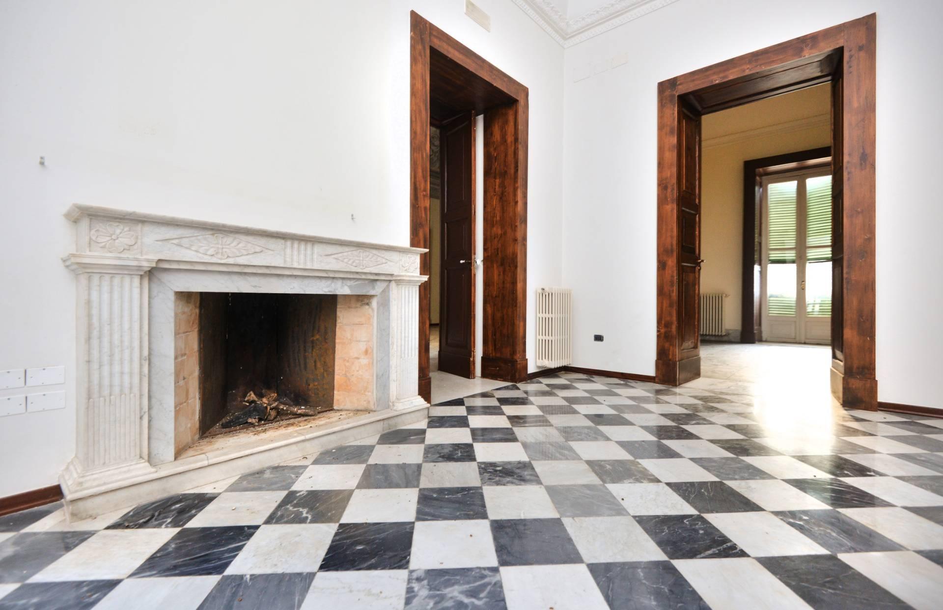 Soluzione Indipendente in vendita a Maglie, 14 locali, prezzo € 490.000 | CambioCasa.it