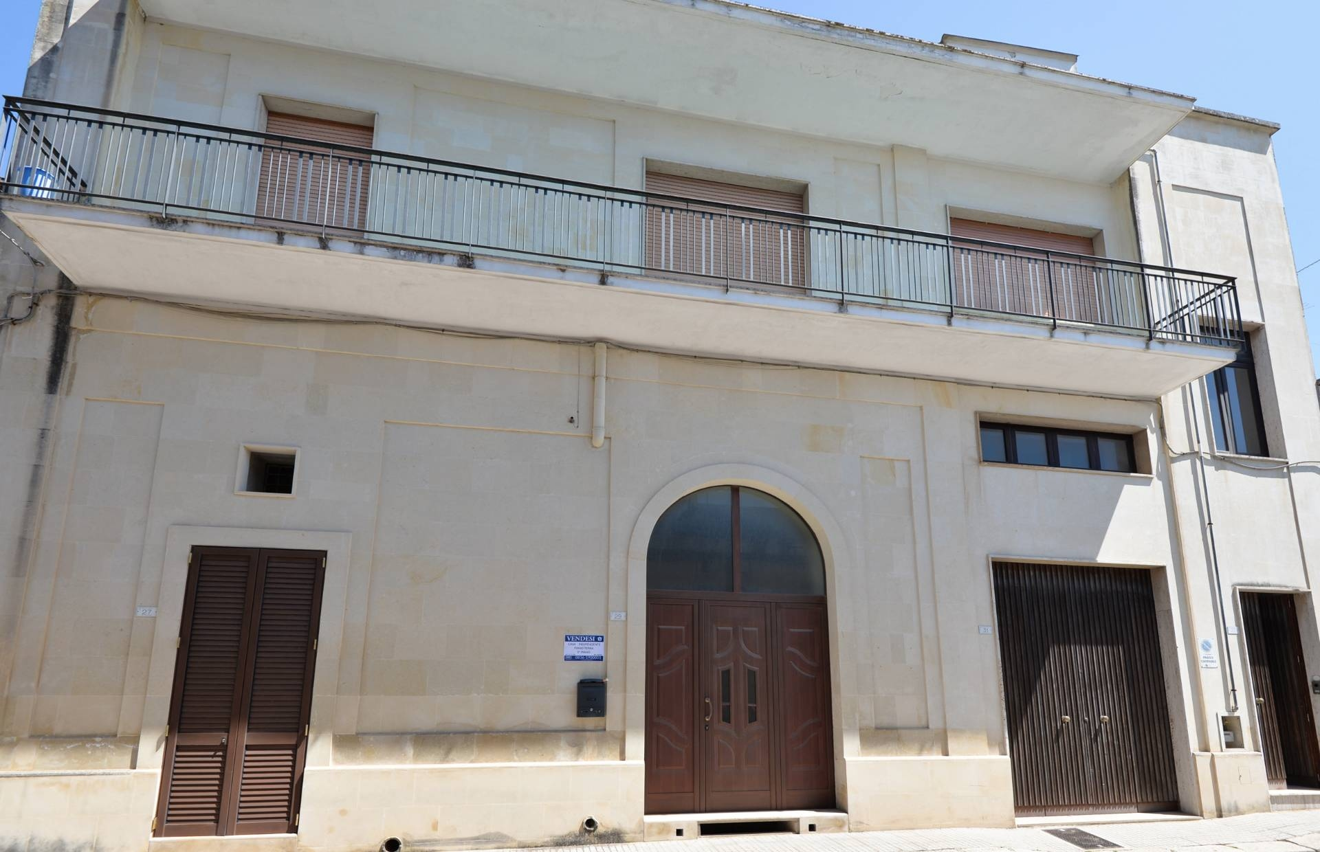 Soluzione Indipendente in vendita a Maglie, 15 locali, prezzo € 390.000 | CambioCasa.it