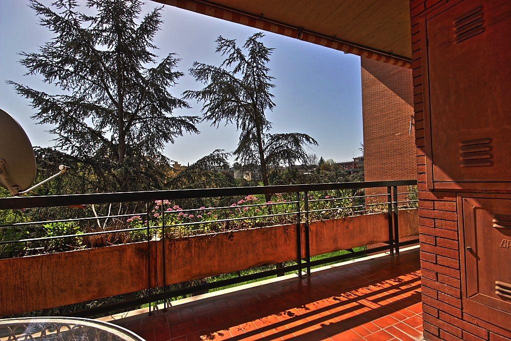 Appartamento in vendita a Roma, 3 locali, zona Zona: 42 . Cassia - Olgiata, prezzo € 245.000 | CambioCasa.it