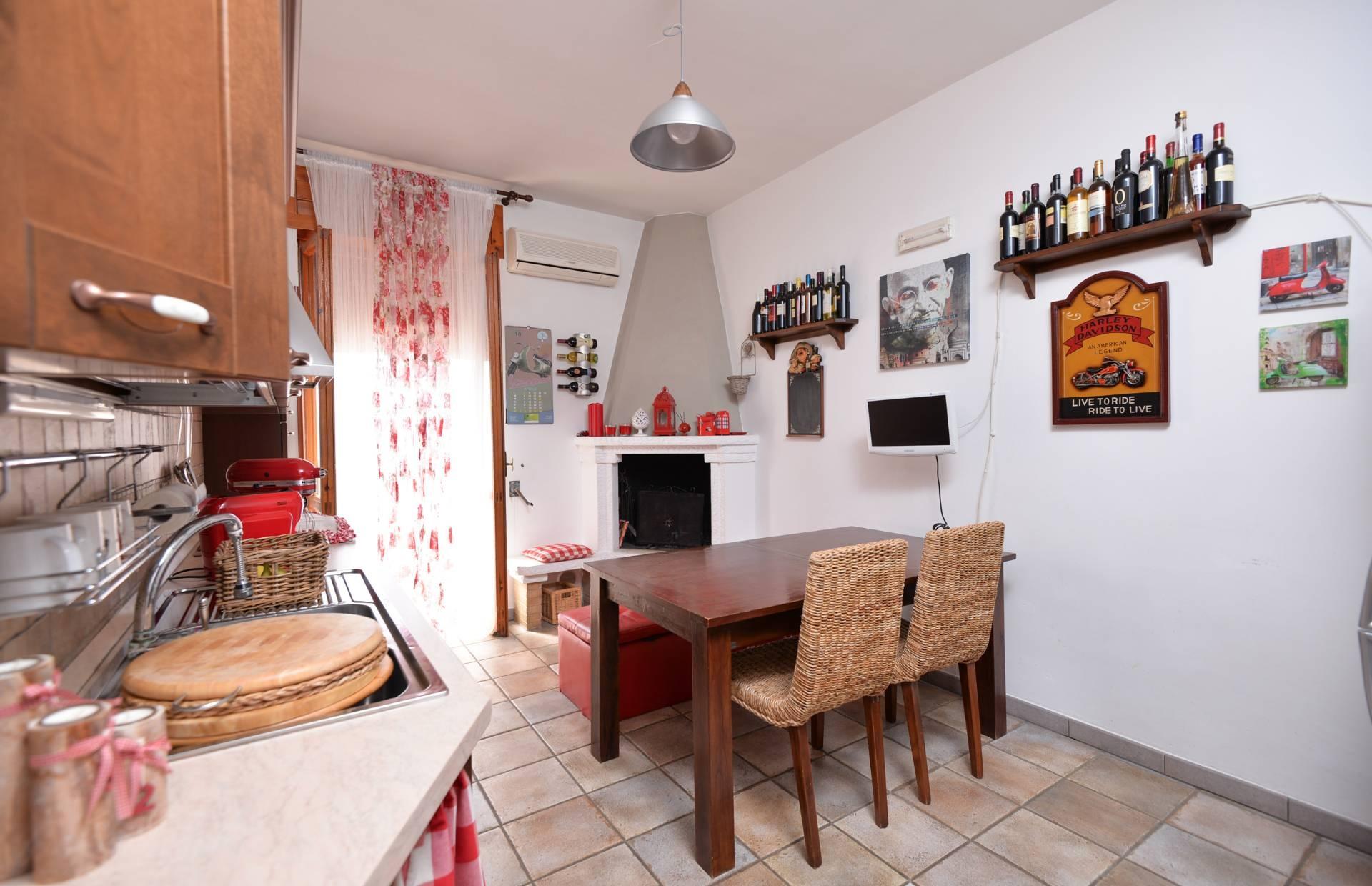 Appartamento in vendita a Maglie, 4 locali, prezzo € 89.000 | CambioCasa.it