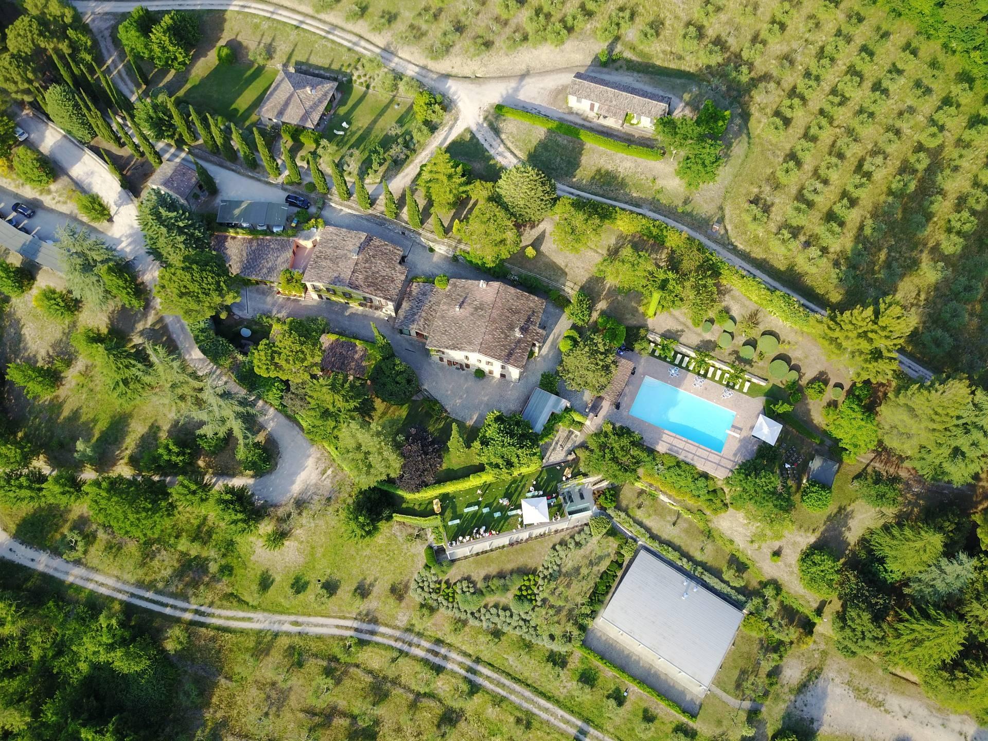 Rustico / Casale in vendita a Monte Castello di Vibio, 7 locali, zona Zona: Doglio, prezzo € 2.900.000 | CambioCasa.it