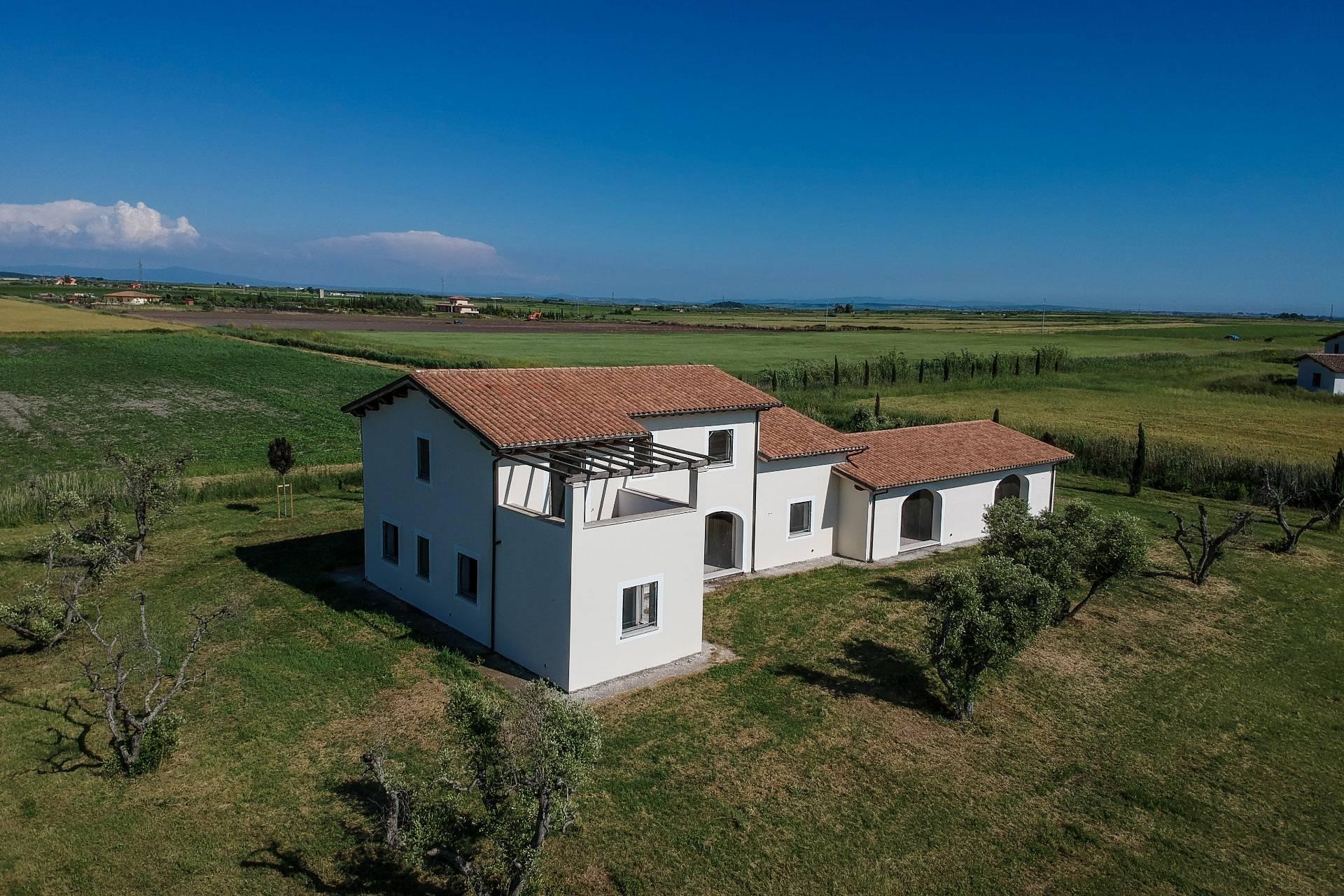 Rustico / Casale in vendita a Canino, 10 locali, zona Località: Vulci, prezzo € 345.000 | CambioCasa.it