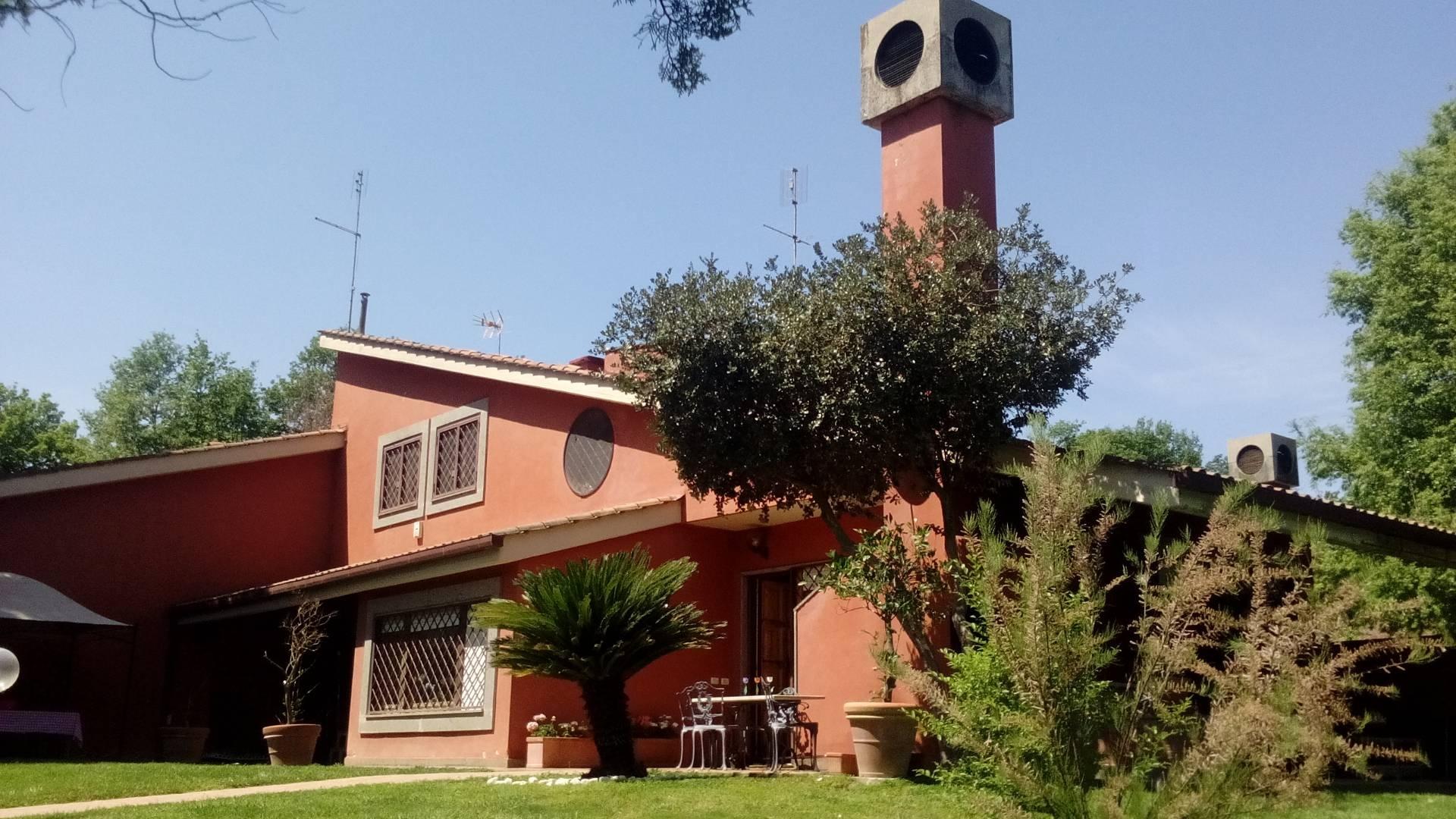 Villa in vendita a Roma, 6 locali, zona Zona: 42 . Cassia - Olgiata, prezzo € 790.000 | CambioCasa.it