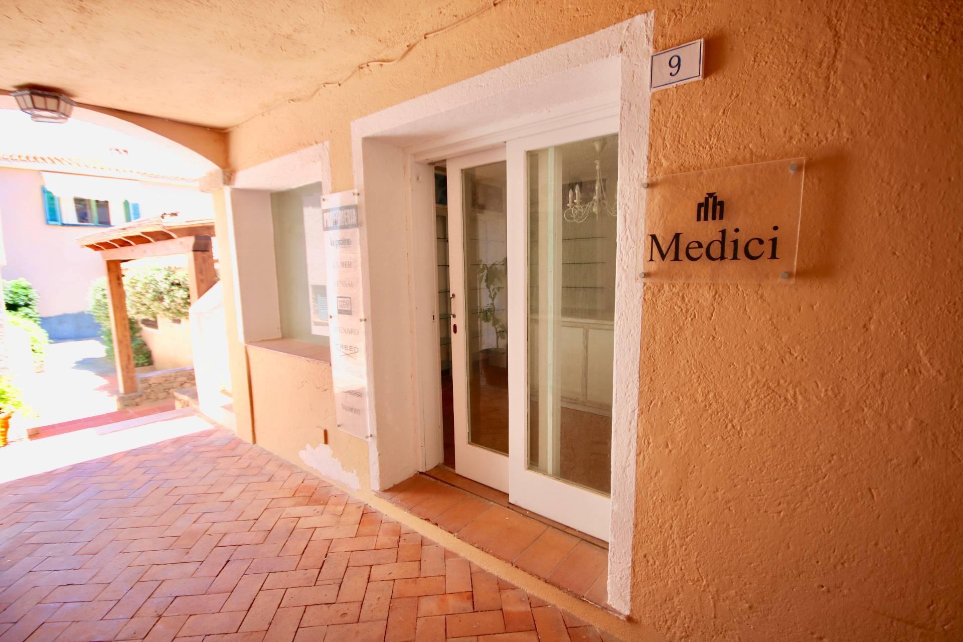Negozio / Locale in vendita a , 9999 locali, zona Località: PortoRotondo, prezzo € 210.000 | PortaleAgenzieImmobiliari.it