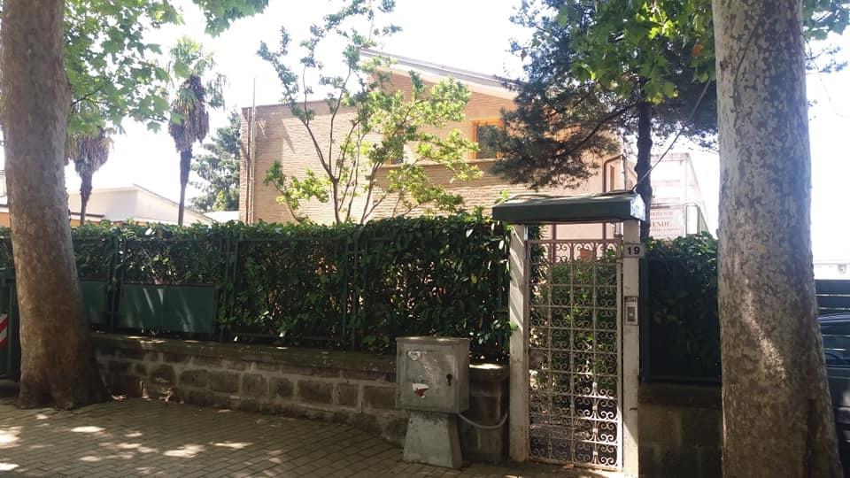 Appartamento in vendita a Sutri, 4 locali, zona Località: centro, prezzo € 160.000   PortaleAgenzieImmobiliari.it