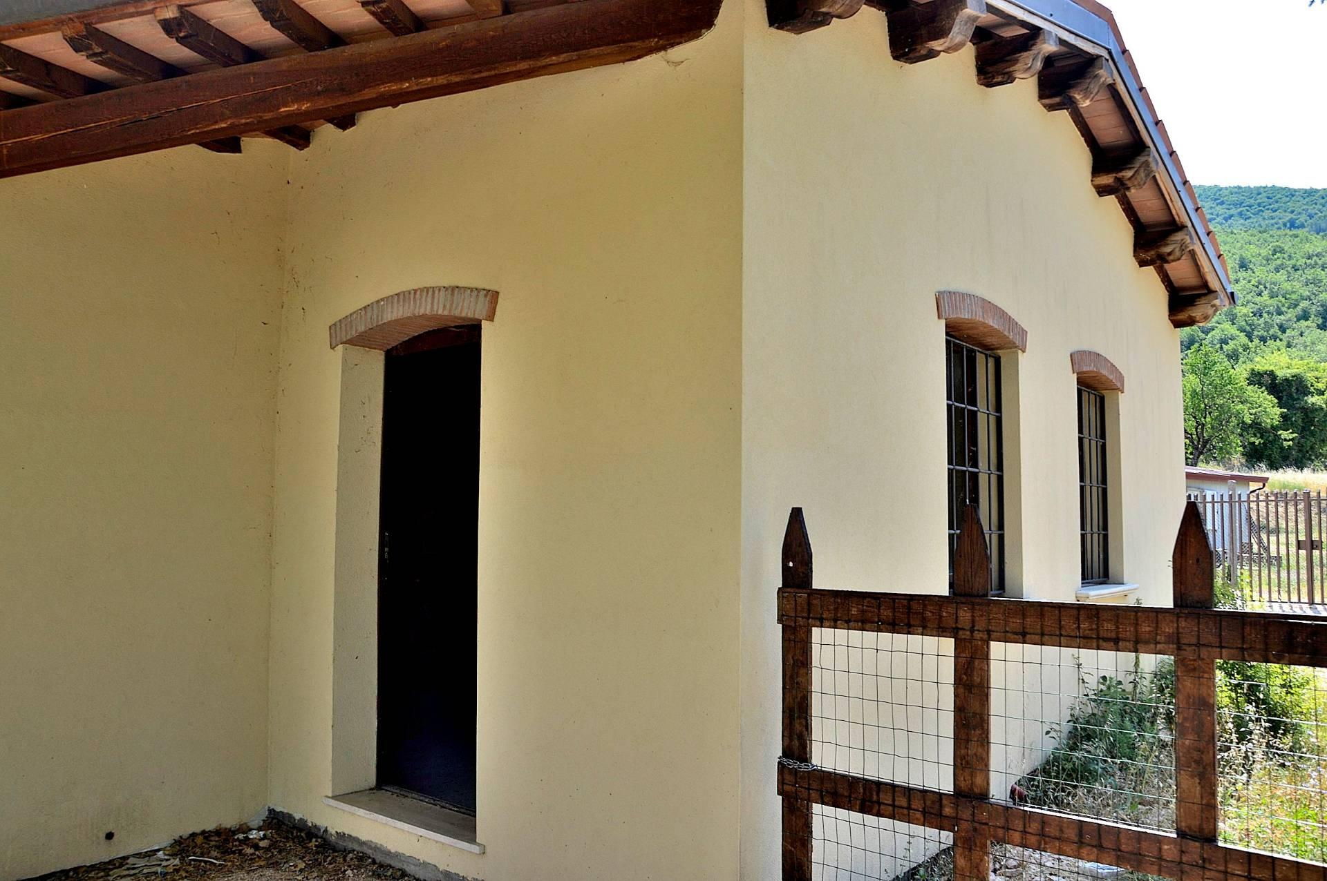 Altro in vendita a Nocera Umbra, 4 locali, prezzo € 38.000 | CambioCasa.it