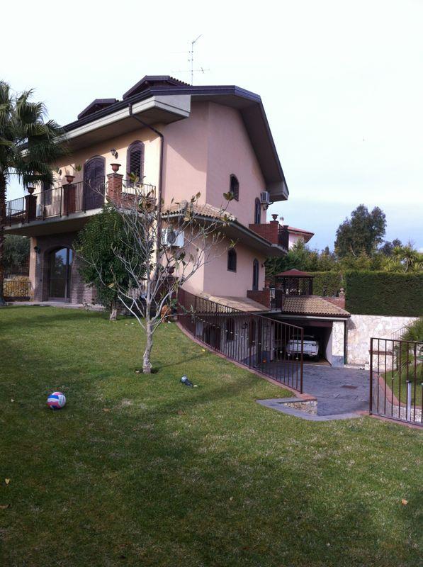 Villa in vendita a Mascalucia (CT)
