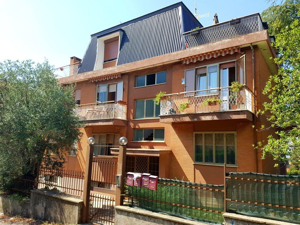 Appartamento in vendita a Viterbo, 6 locali, zona Zona: Semicentro, prezzo € 169.000   CambioCasa.it