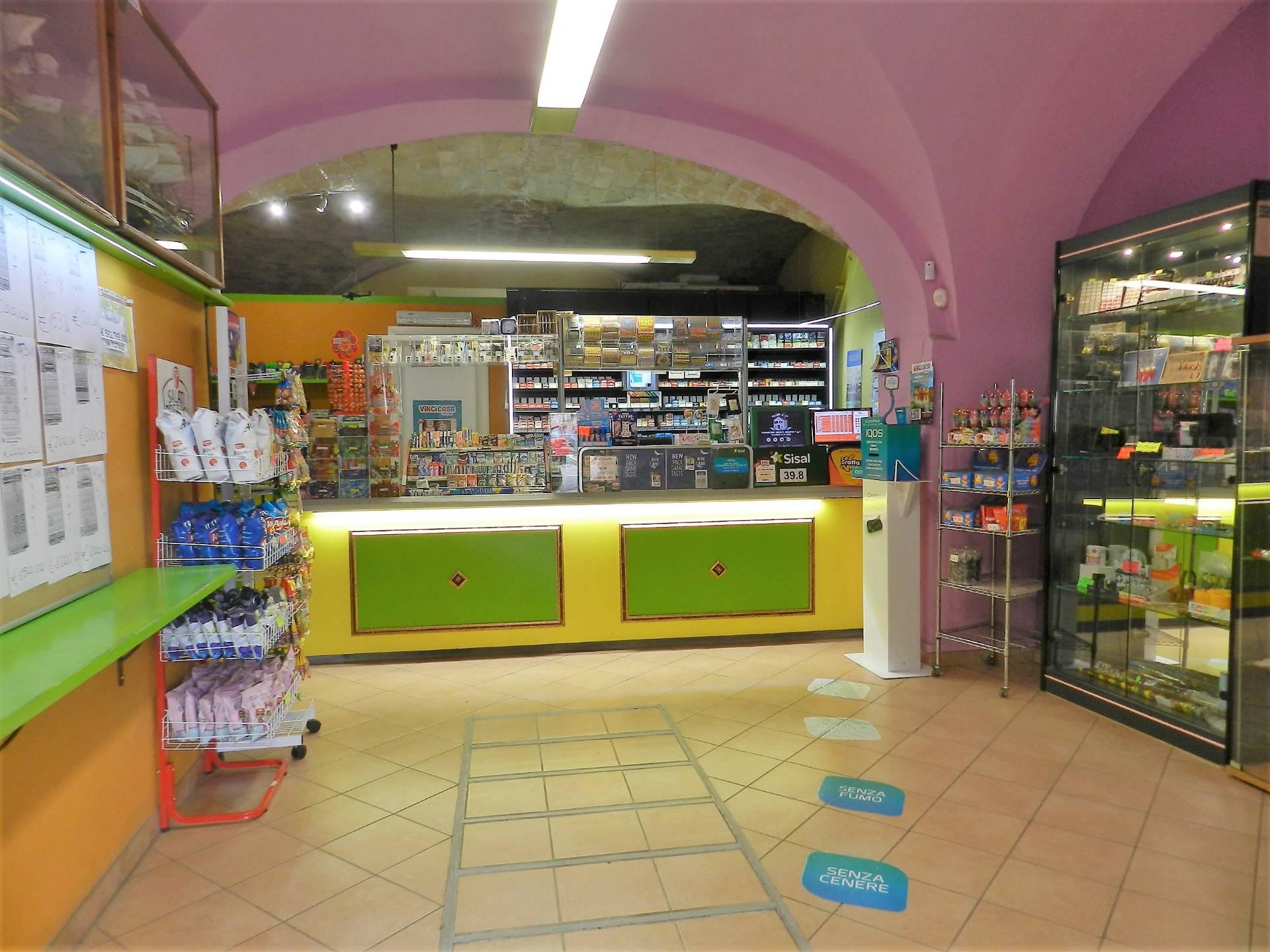 Attività / Licenza in vendita a Montalto di Castro, 9999 locali, zona Località: MontaltodiCastro, prezzo € 135.000   CambioCasa.it