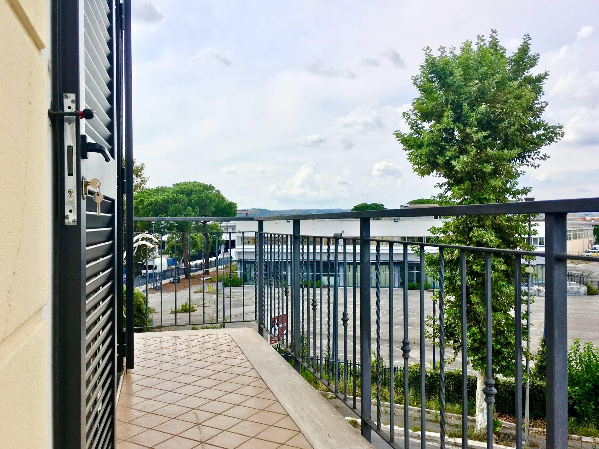 Cbi049 235 ms1120 appartamento in affitto a monterotondo for Affitto ufficio monterotondo