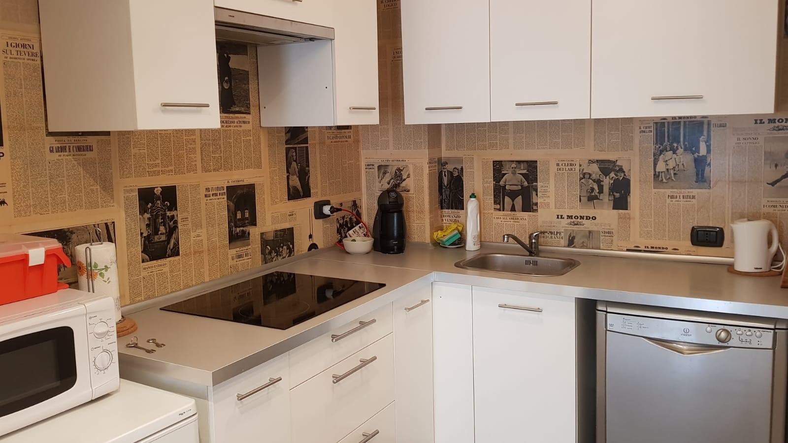 Cbi047 201 520044 appartamento in vendita a roma for Affitto uffici roma piramide