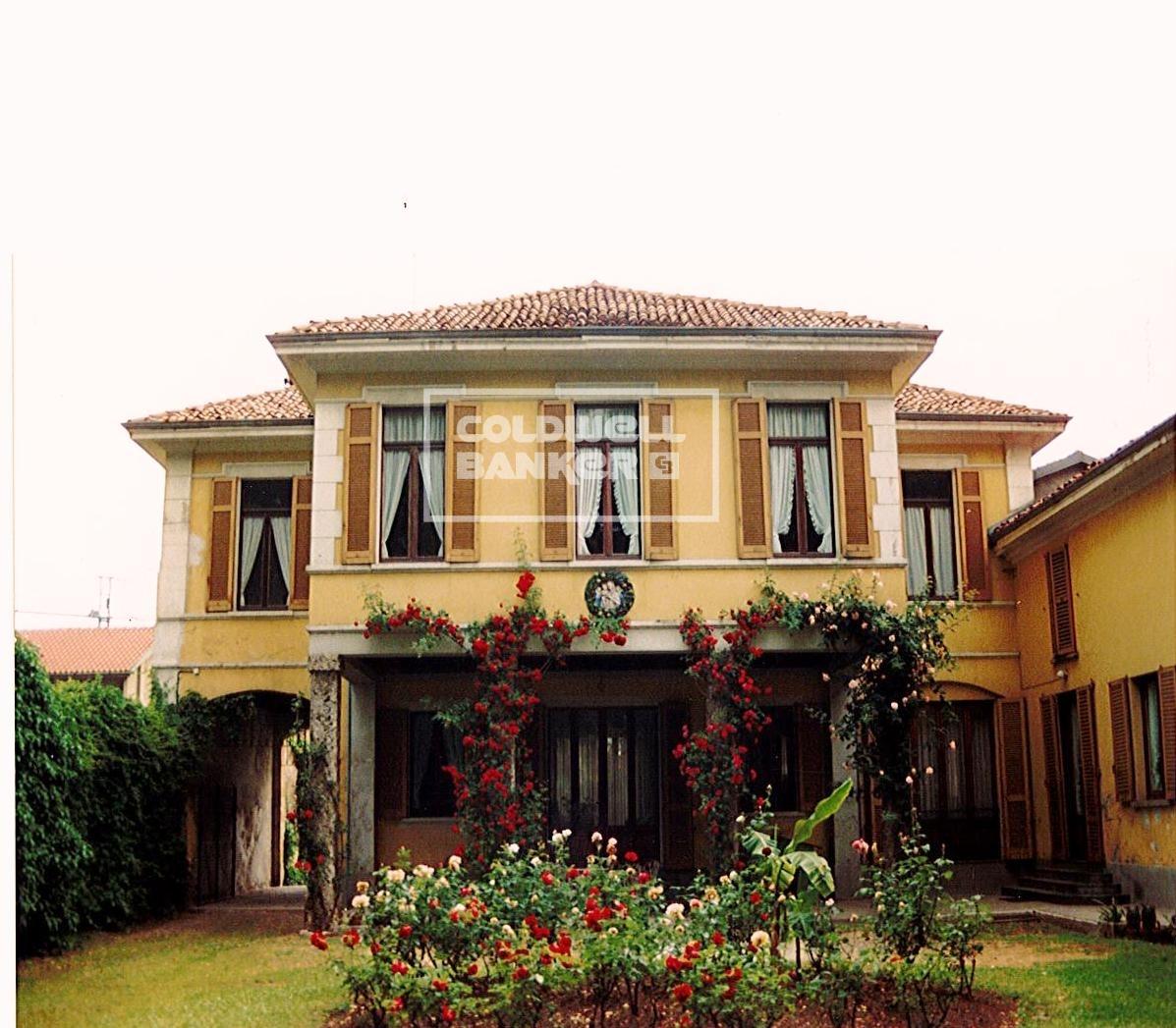 Villa in Vendita a Villa Cortese