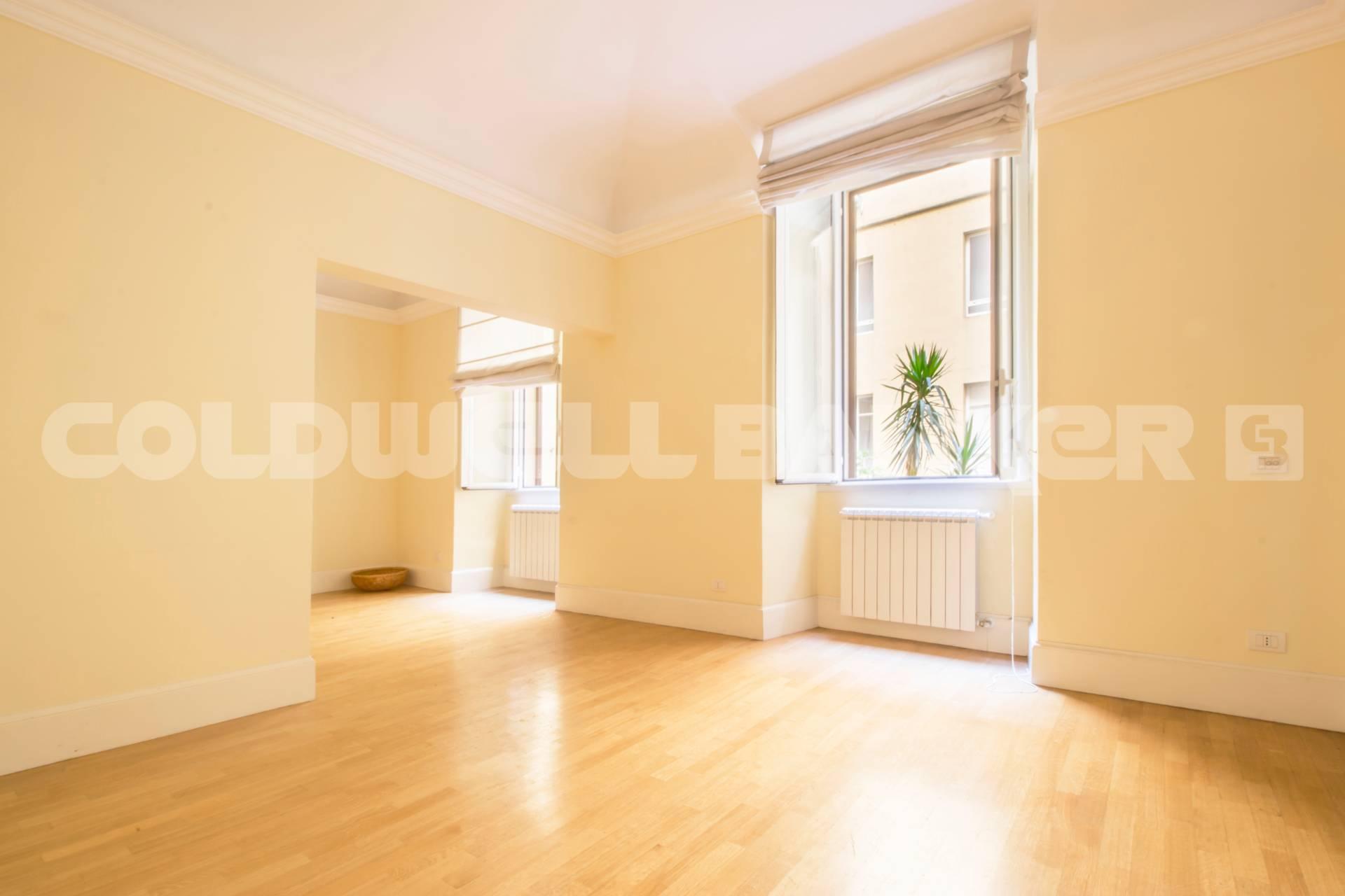 Cbi072 821 ex1188 appartamento in vendita a roma prati for Ufficio roma prati