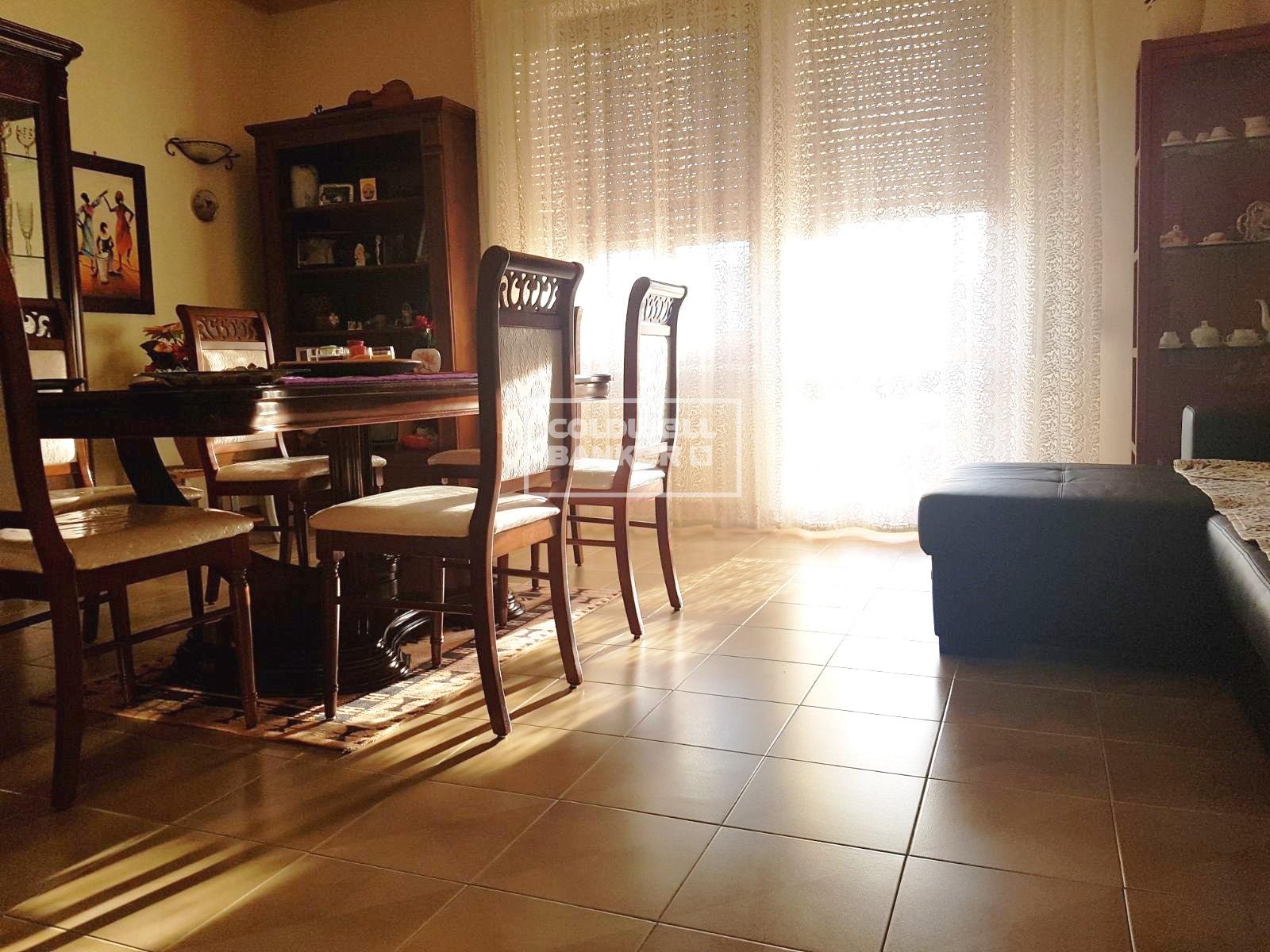 vendita appartamento brindisi cappuccini  102000 euro  4 locali  115 mq