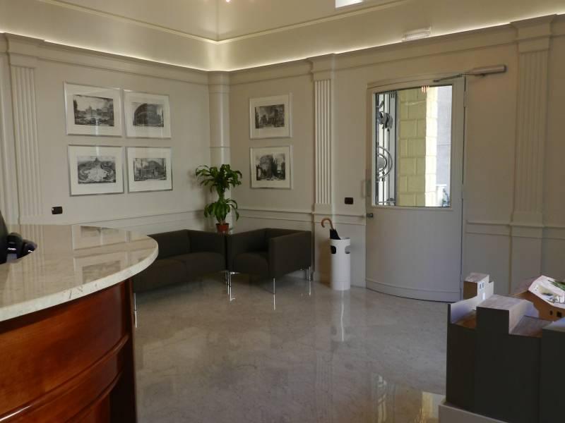 Cbi072 821 ex1218 ufficio in affitto a roma prati for Affitto roma prati uso ufficio
