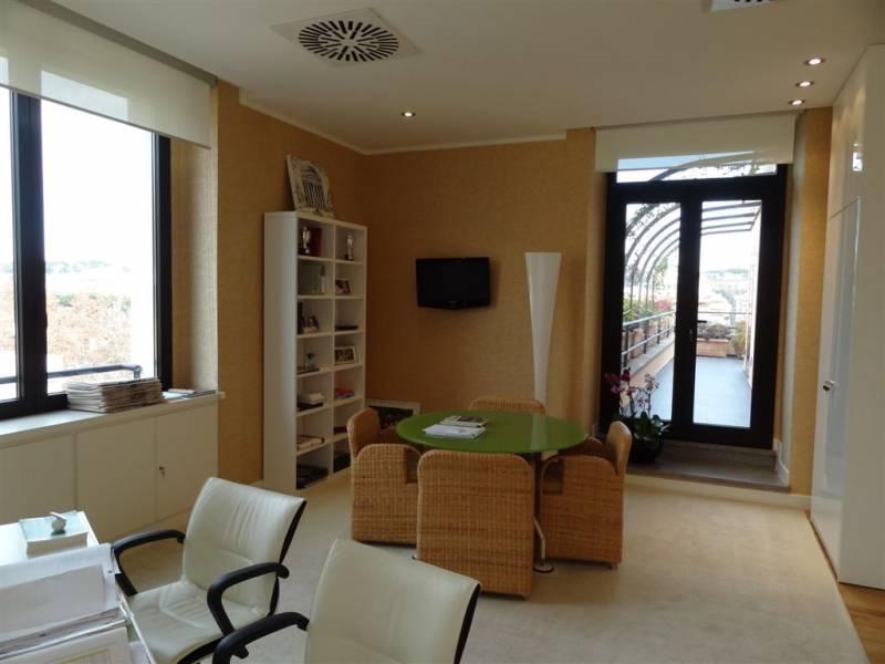 Cbi072 821 ex1218 ufficio in affitto a roma prati for Affitto ufficio roma zona prati