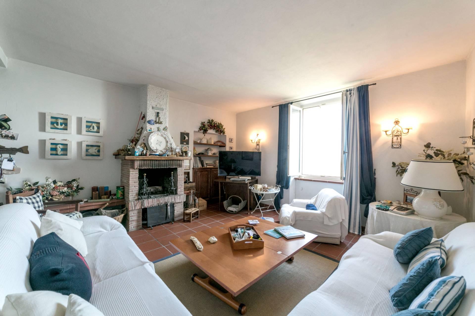 Appartamento in vendita a Monte Argentario, 5 locali, zona Località: PortoS.oStefano, prezzo € 320.000 | PortaleAgenzieImmobiliari.it