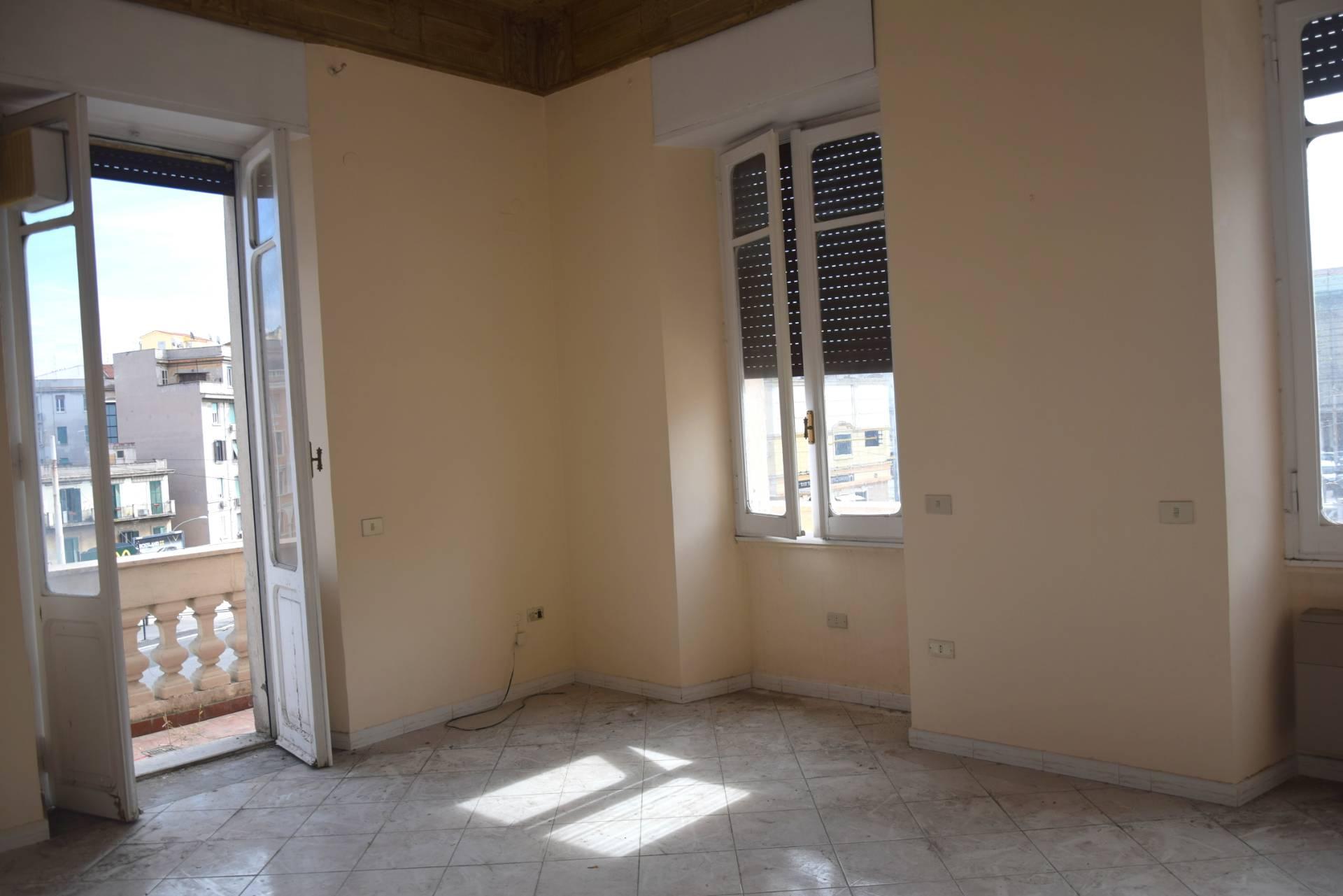 Cbi053 308 viale trastevere affitto appartamento in for Roma in affitto
