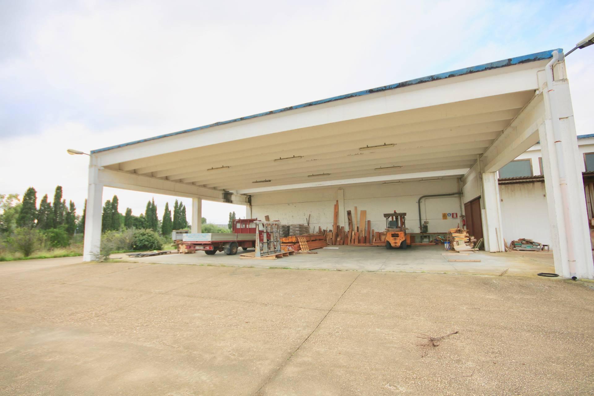 Capannone in vendita a , 9999 locali, zona Località: Olbiacittà, prezzo € 1.894.000 | PortaleAgenzieImmobiliari.it