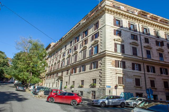 Cbi047 203 520069 appartamento in vendita a roma for Case in vendita roma trastevere