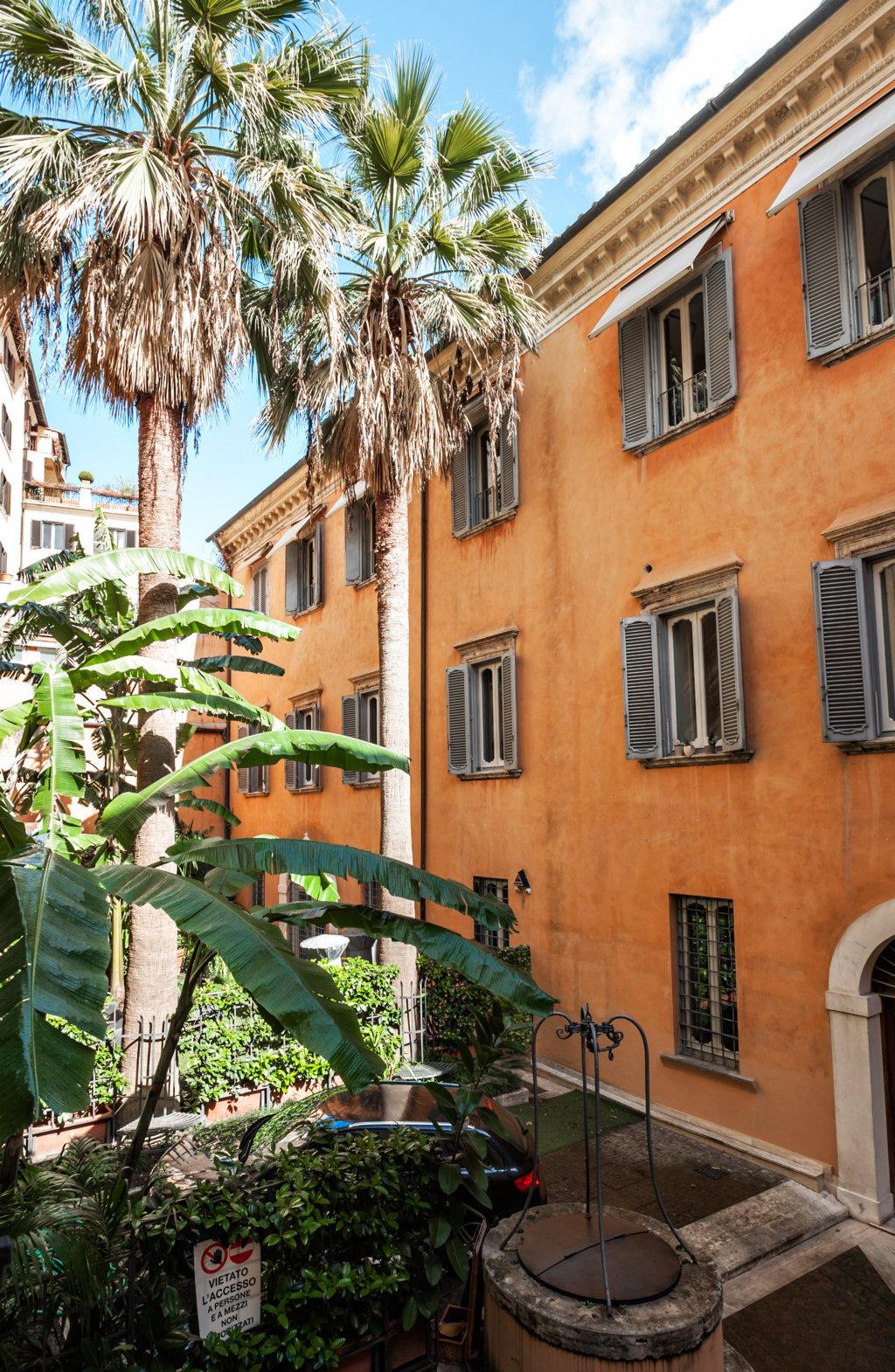 Cbi072 ex1285 appartamento in affitto a roma centro for Affitto ufficio centro storico roma
