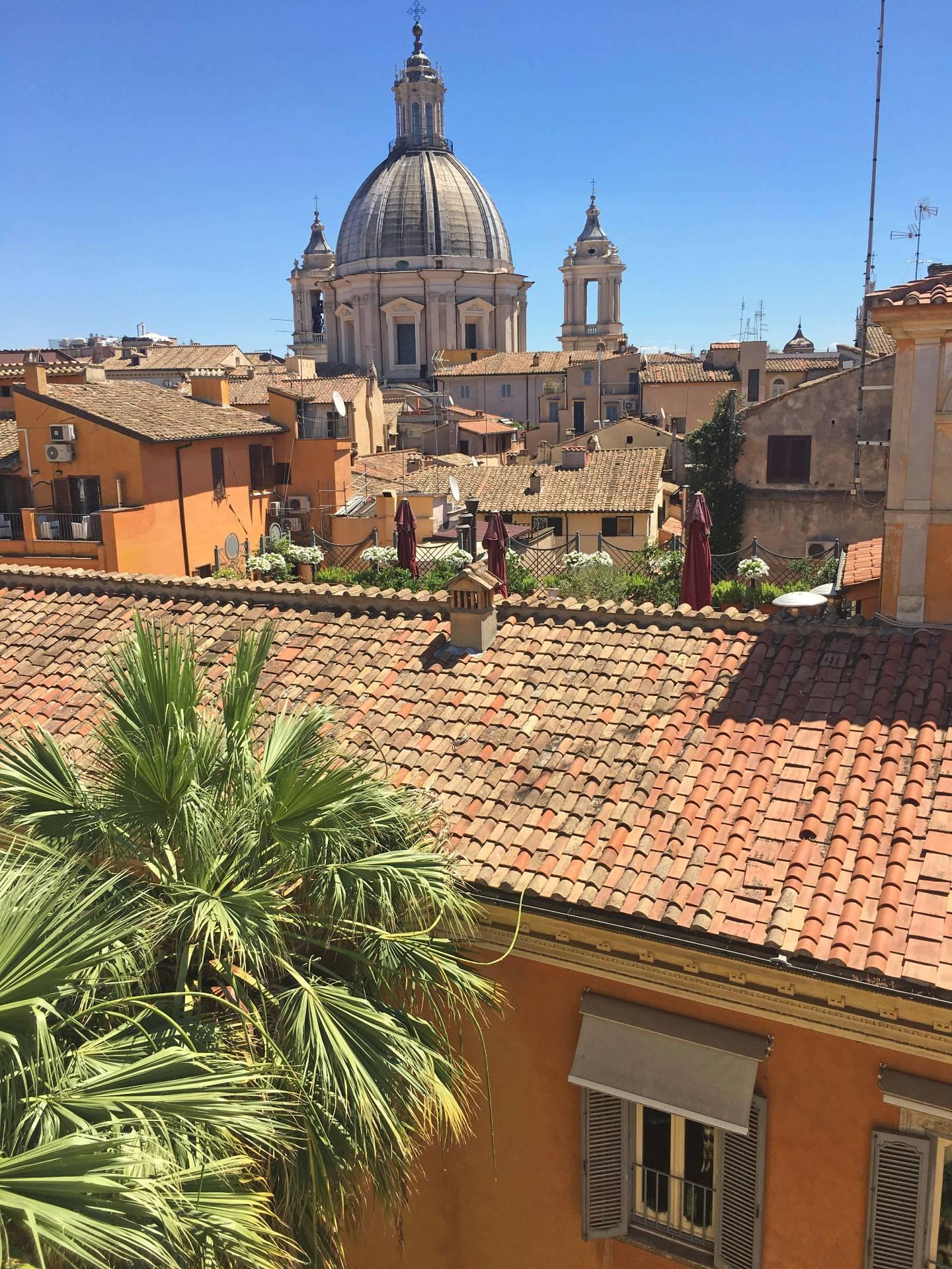 Cbi072 ex1288 attico in affitto a roma centro storico for Affitto ufficio centro storico roma