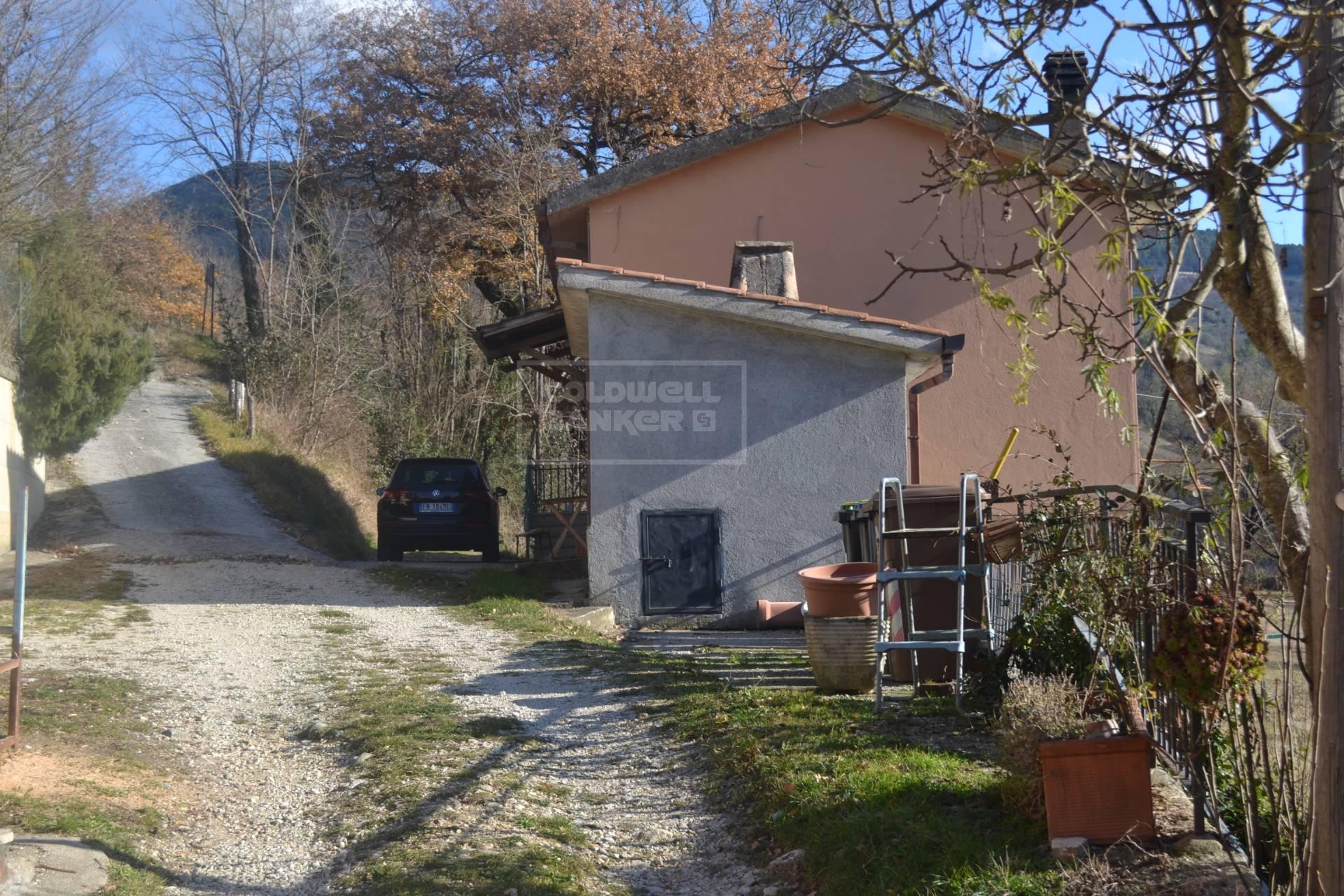Soluzione Indipendente in vendita a Ferentillo, 6 locali, zona Zona: Macelletto, prezzo € 69.000 | CambioCasa.it