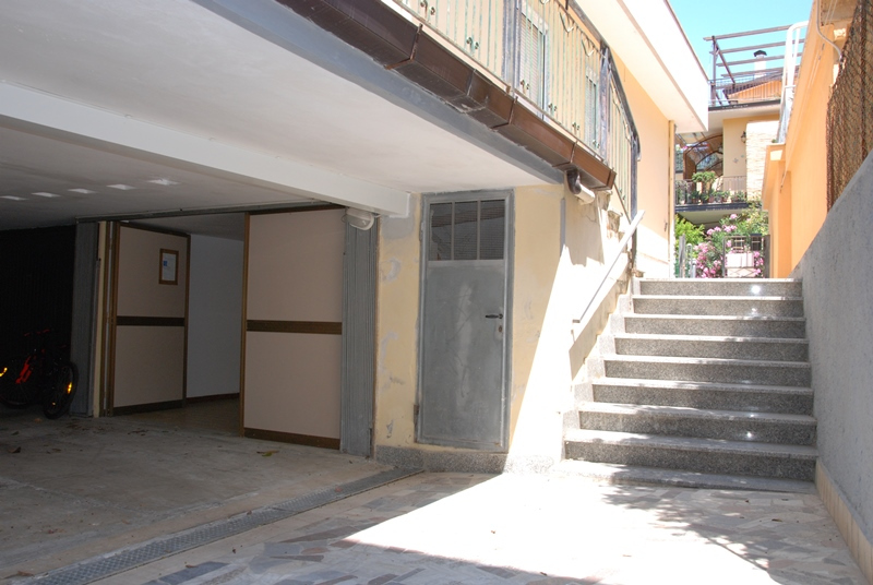 Box / Garage in vendita a Ascea, 2 locali, zona Località: AsceaMarina, prezzo € 29.000 | CambioCasa.it