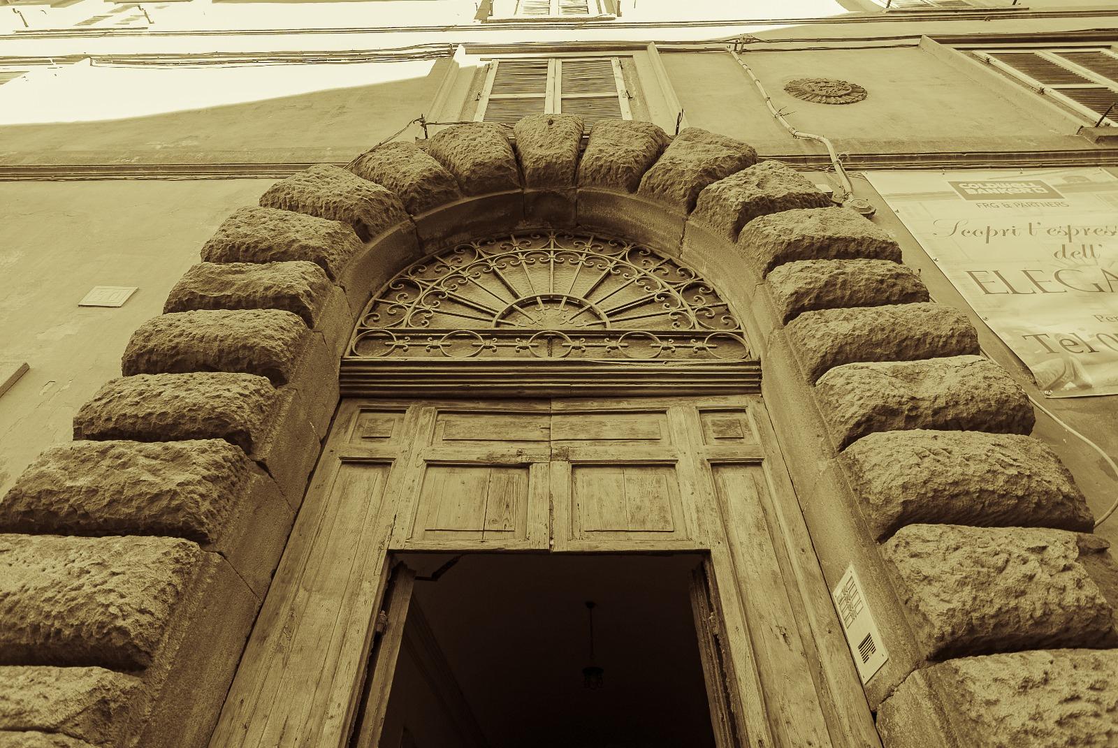 Appartamento in vendita a Viterbo, 4 locali, zona Zona: Centro, prezzo € 215.000 | CambioCasa.it