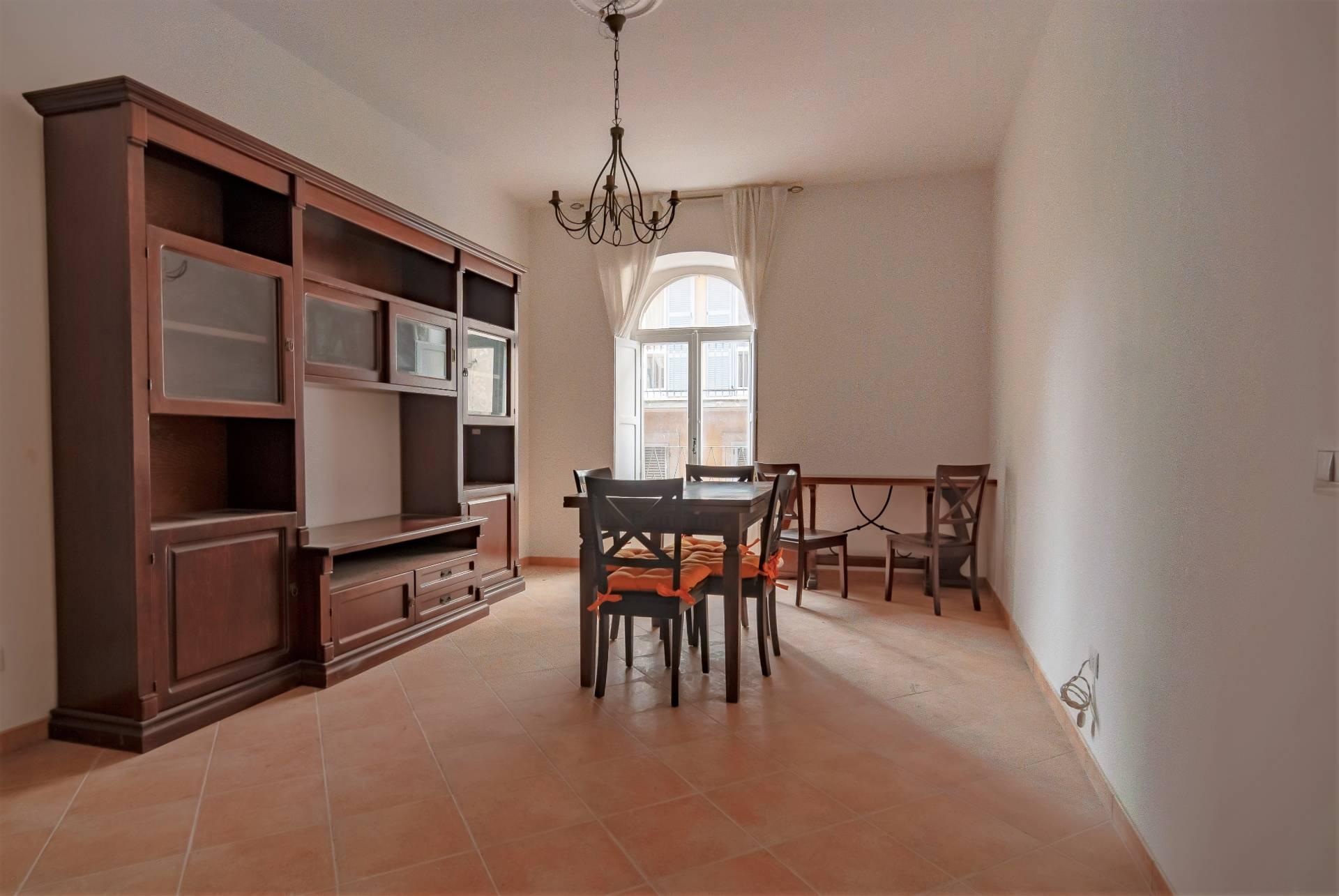 Appartamento in vendita a Viterbo, 3 locali, zona Zona: Centro, prezzo € 75.000 | CambioCasa.it