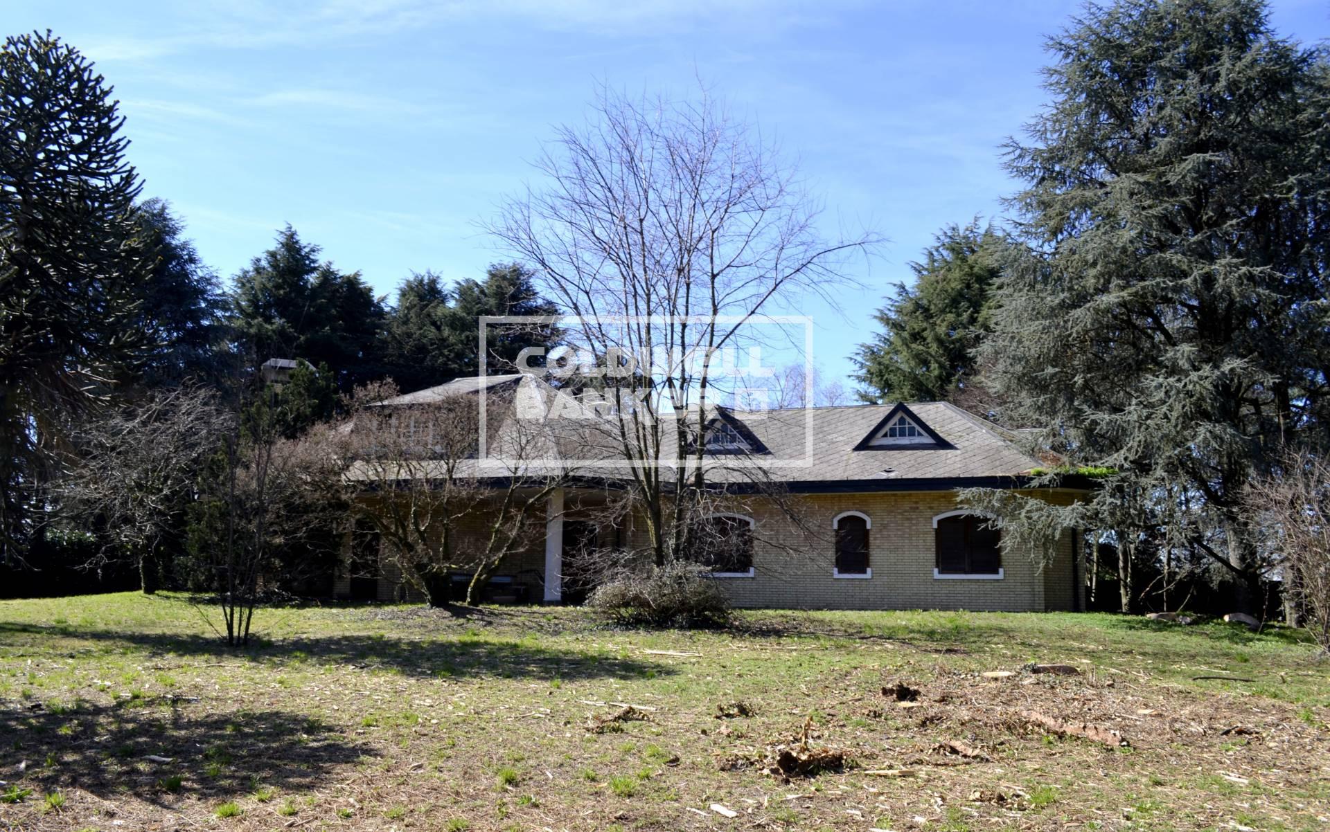 Villa in Vendita a Arconate