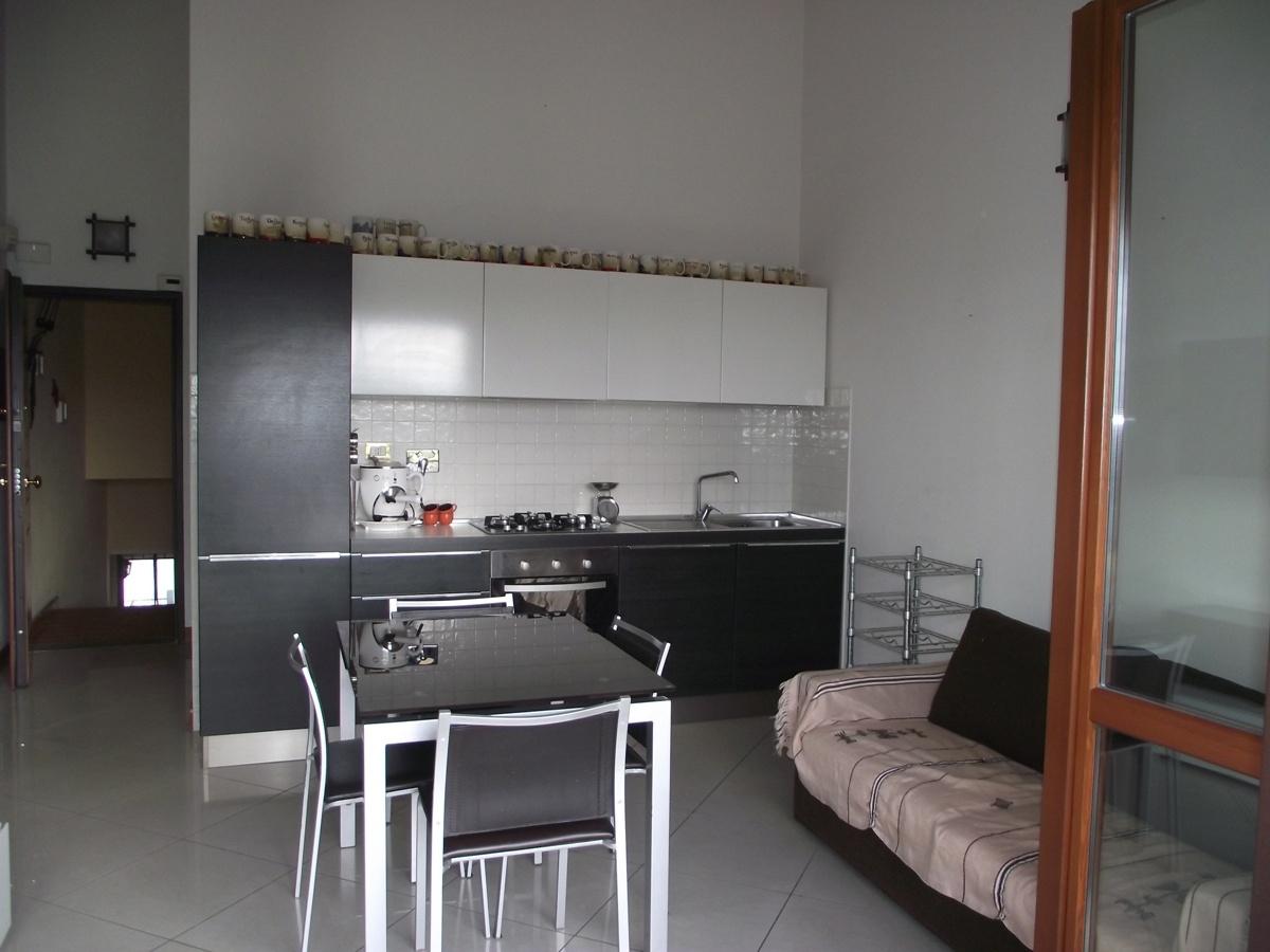 Soluzione Semindipendente in vendita a Roma, 2 locali, zona Zona: 27 . Aurelio - Boccea, prezzo € 190.000   CambioCasa.it