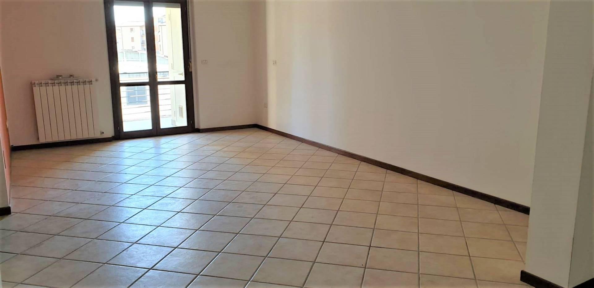 Appartamento in vendita a Viterbo, 4 locali, zona Località: Garbini-Palazzina, prezzo € 149.000 | CambioCasa.it