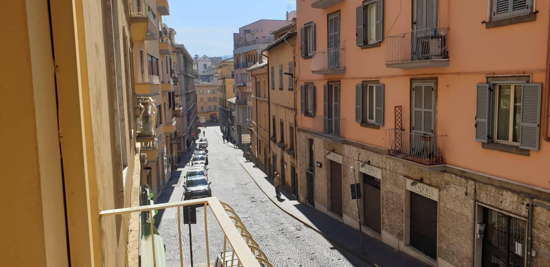 Appartamento in vendita a Viterbo, 5 locali, zona Zona: Centro, prezzo € 165.000   CambioCasa.it
