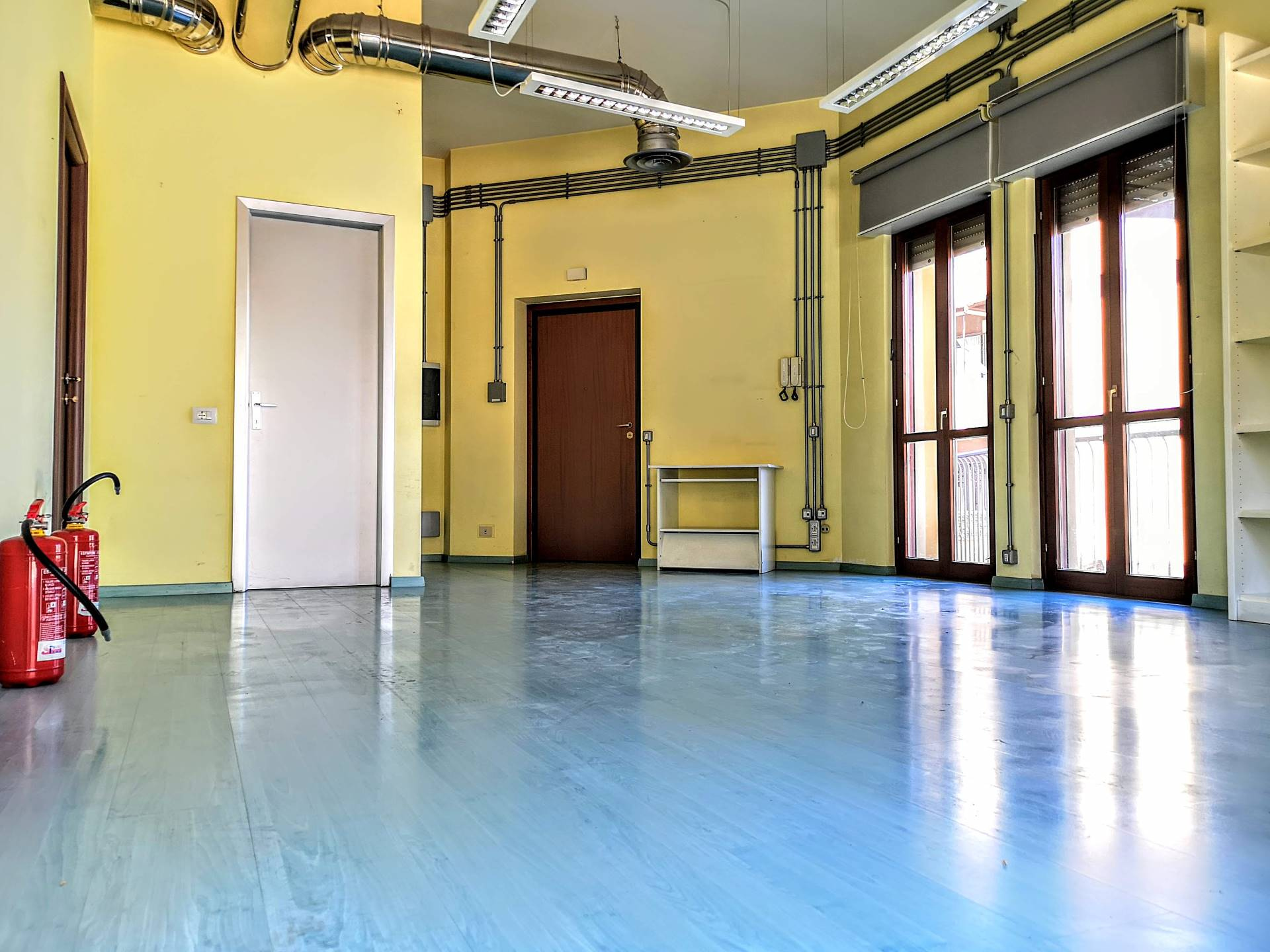 Cbi049 at1468 locale commerciale in affitto a for Affitto ufficio monterotondo