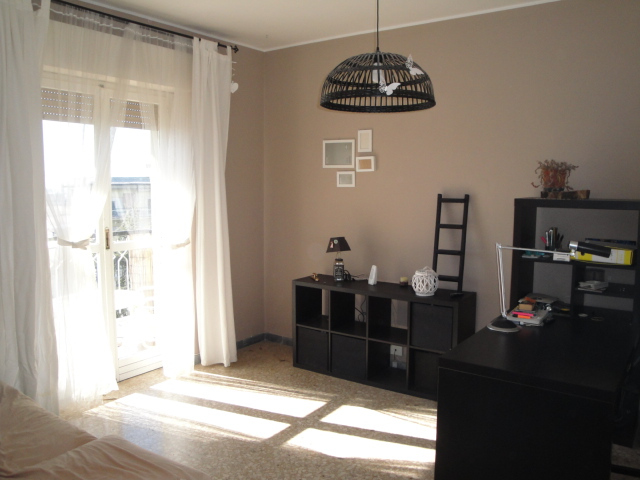 Appartamento in vendita a Viterbo, 3 locali, zona Località: Garbini-Palazzina, prezzo € 85.000   CambioCasa.it