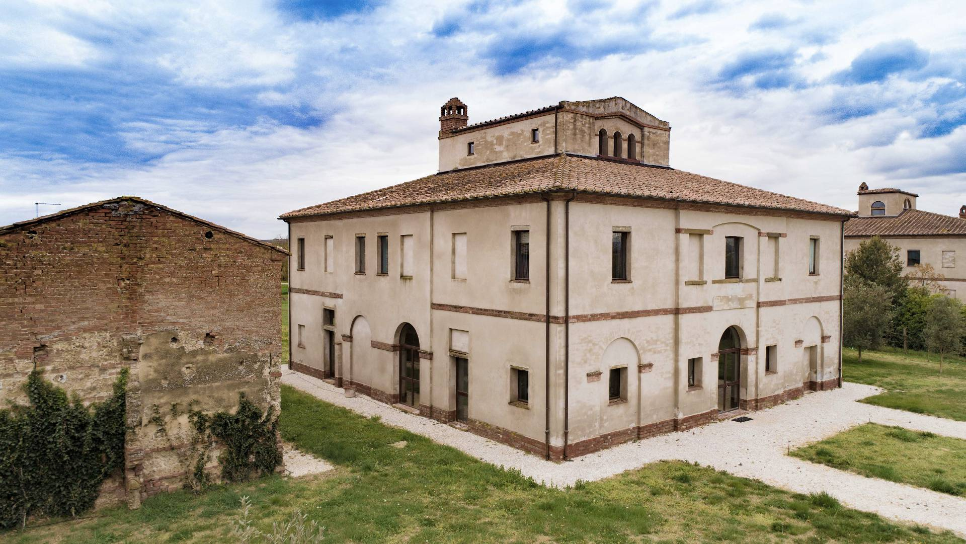 VILLA in Vendita a Montepulciano Stazione, Montepulciano (SIENA)