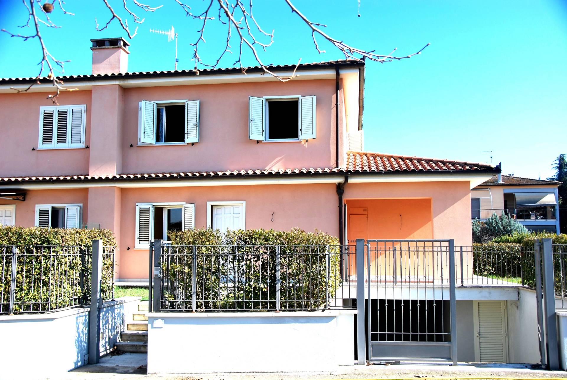 Foto - Villa In Vendita  Attigliano