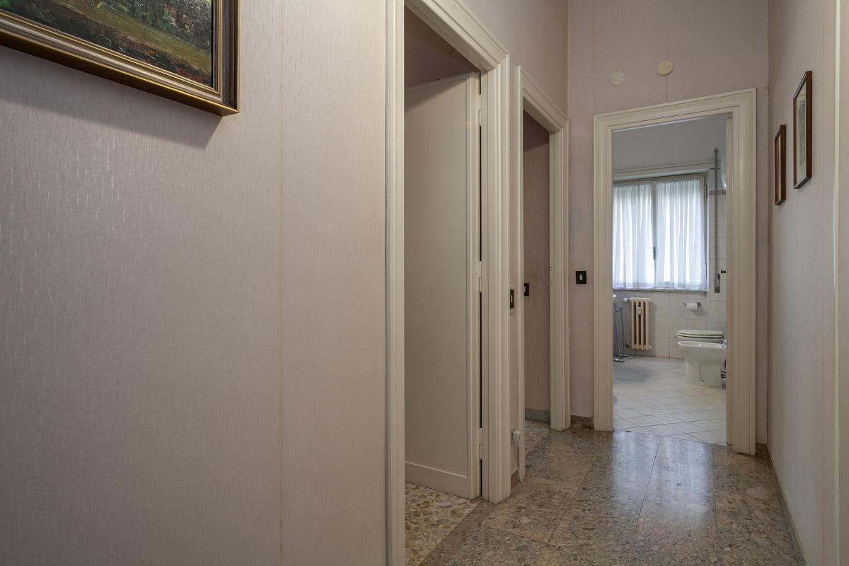 Cbi046 198 50044 appartamento in vendita a roma cipro for Affitto roma cipro